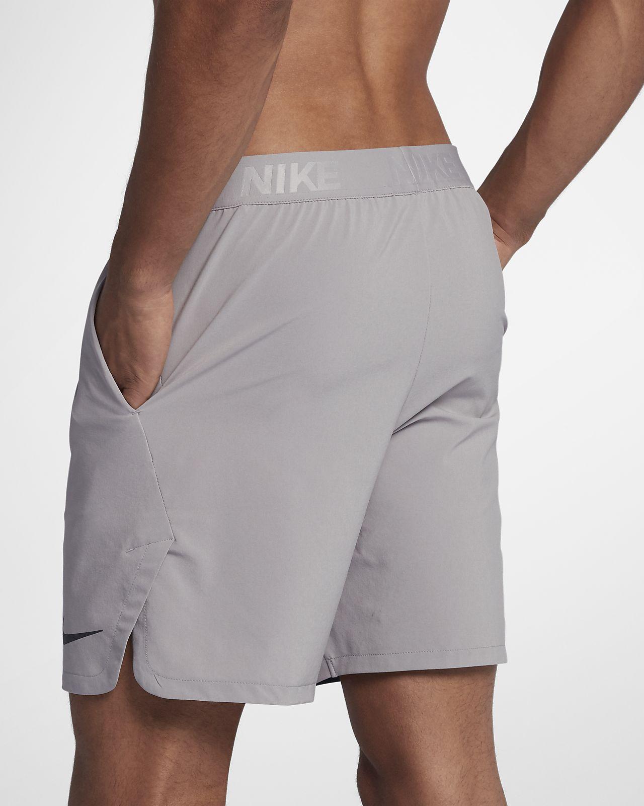5cb796d1970b9 Nike Flex Men s 21cm Training Shorts. Nike.com MA