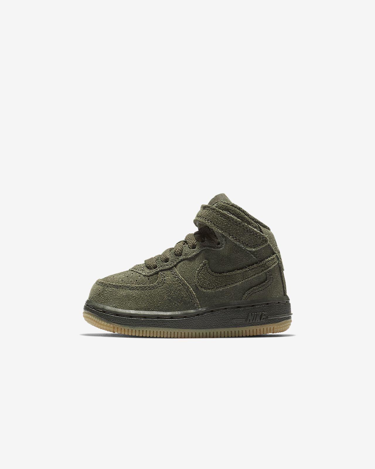 énorme réduction ec685 224fe Nike Air Force 1 Mid LV8 Baby/Toddler Shoe