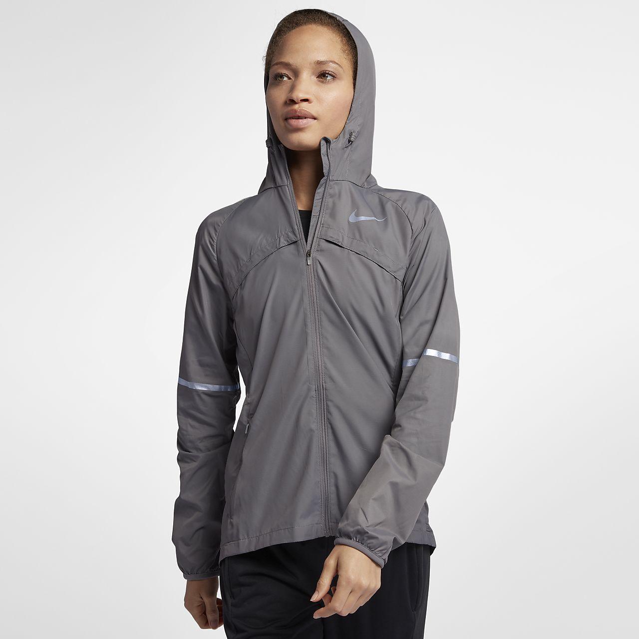 Nike Shield Women s Running Jacket. Nike.com DK eafdafddf1