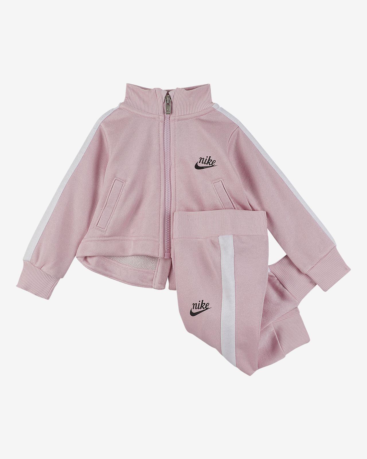 Nike Sportswear-sæt i to dele til babyer (12-24 M)