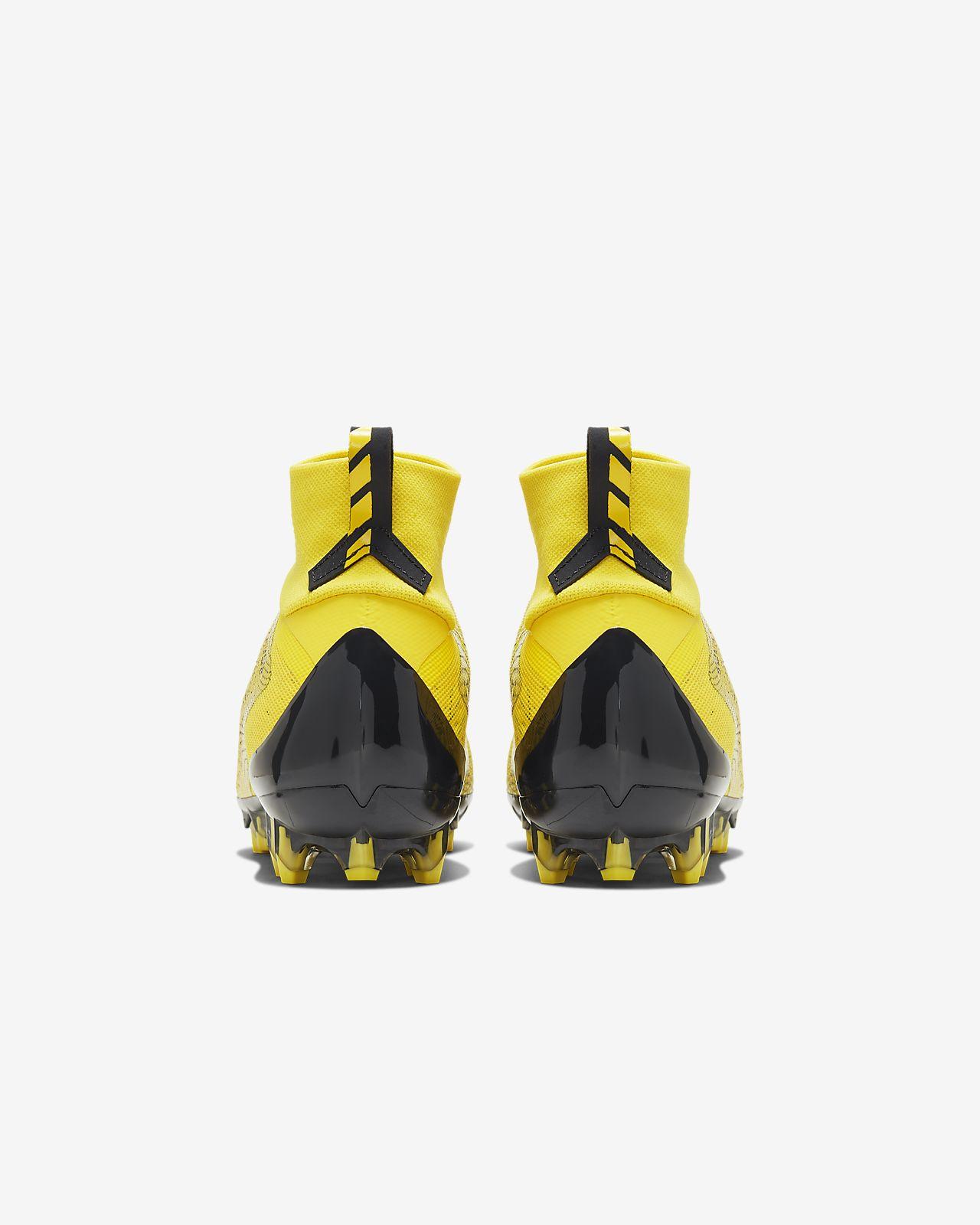 bd0706011ae9 Nike Vapor Untouchable 3 Pro Football Cleat. Nike.com