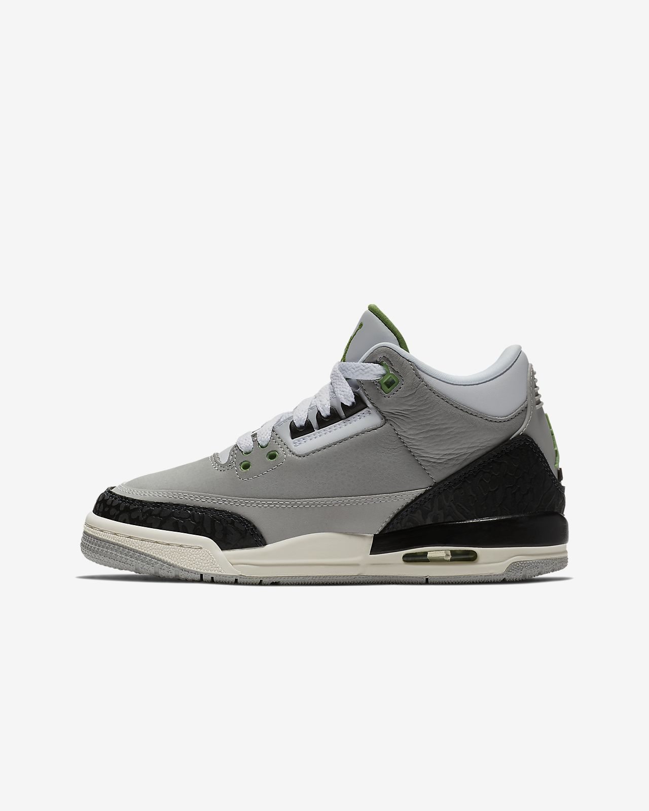 Air Jordan 3 Retro Kids' Shoe