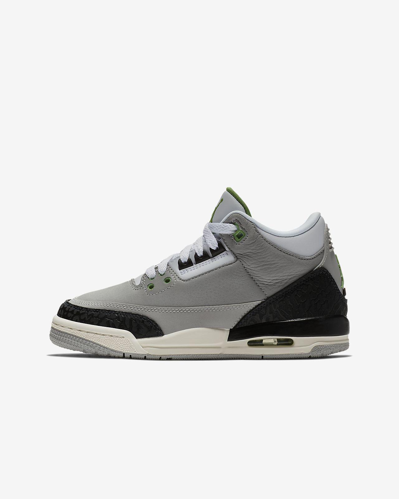sports shoes 45e79 7dd92 Air Jordan 3 Retro Kids' Shoe
