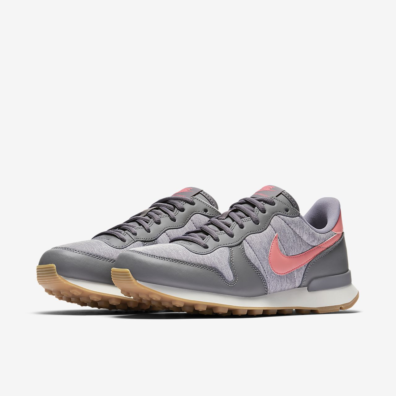 nike internationalist größer bestellen