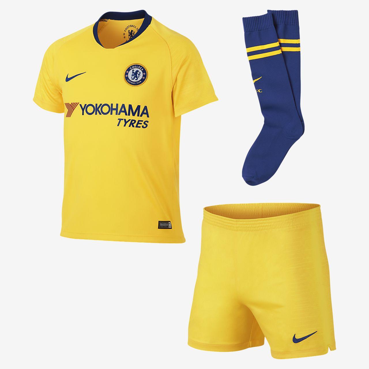 Kit de fútbol para niños talla pequeña de visitante Stadium del Chelsea 2018  19 2aa0e6e97102b