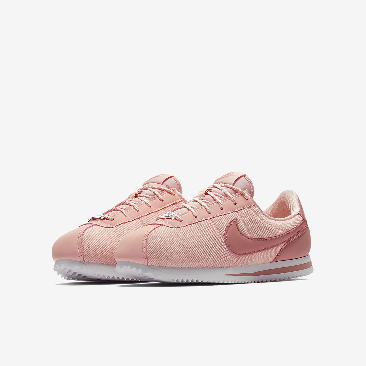 Nike Cortez Basic Text SE Older Kids  Shoe. Nike.com CA e8c76c4e4