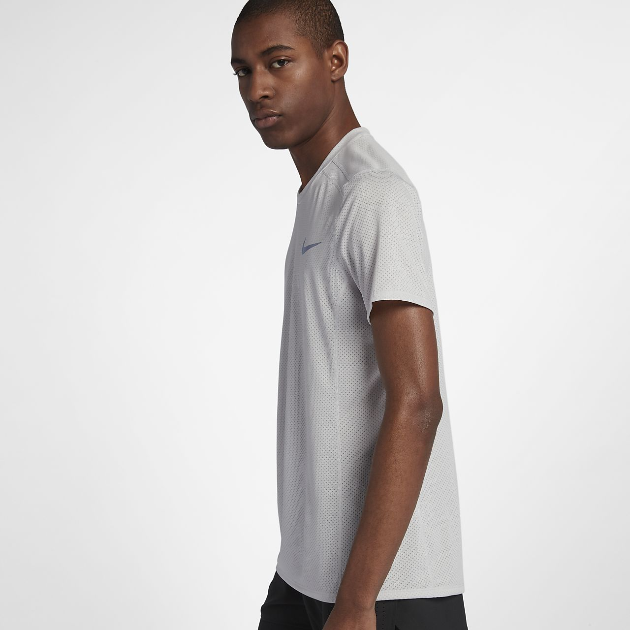 6ed107e7 Nike Dri-FIT Miler Cool Men's Short-Sleeve Running Top. Nike.com AU