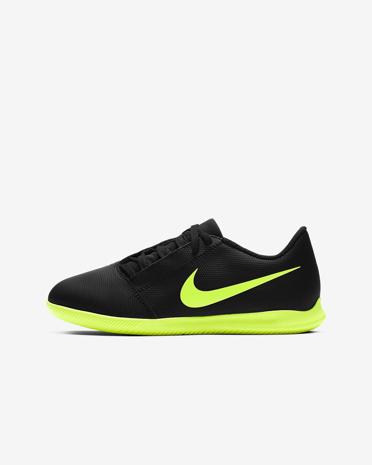 Nike Jr. Phantom Venom Club IC Fußballschuh für Hallen- und Hartplätze für jüngere/ältere Kinder