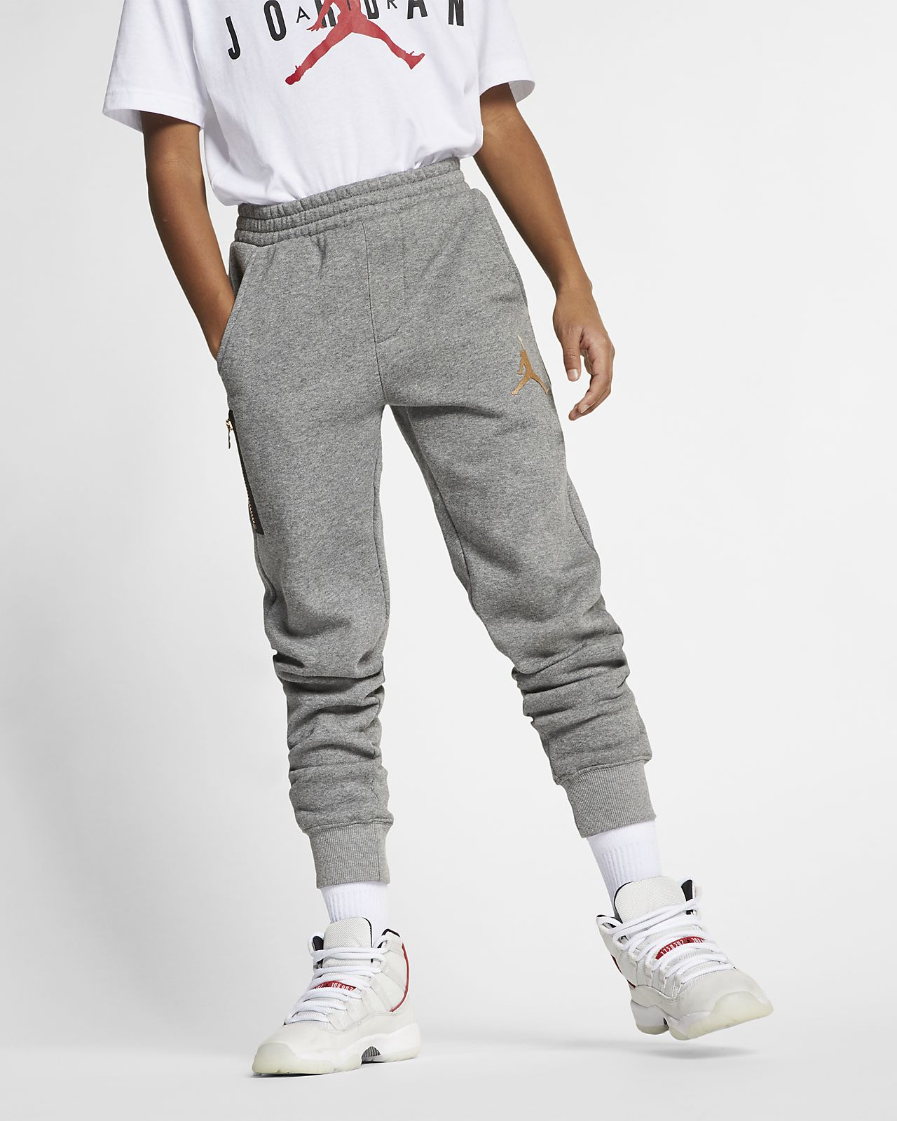 95d5bb431 Jordan Older Kids' Joggers. Nike.com GB