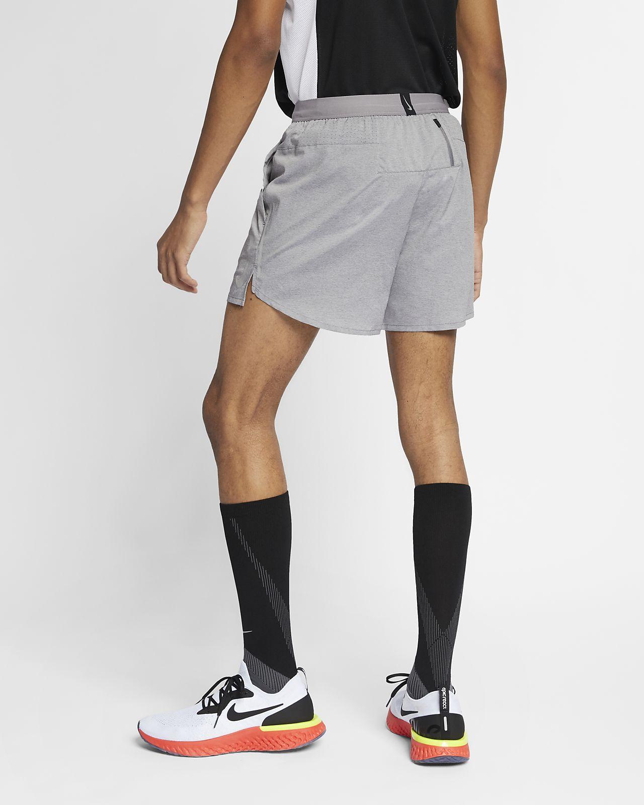 Calções de running de 13cm Nike Flex Stride para homem