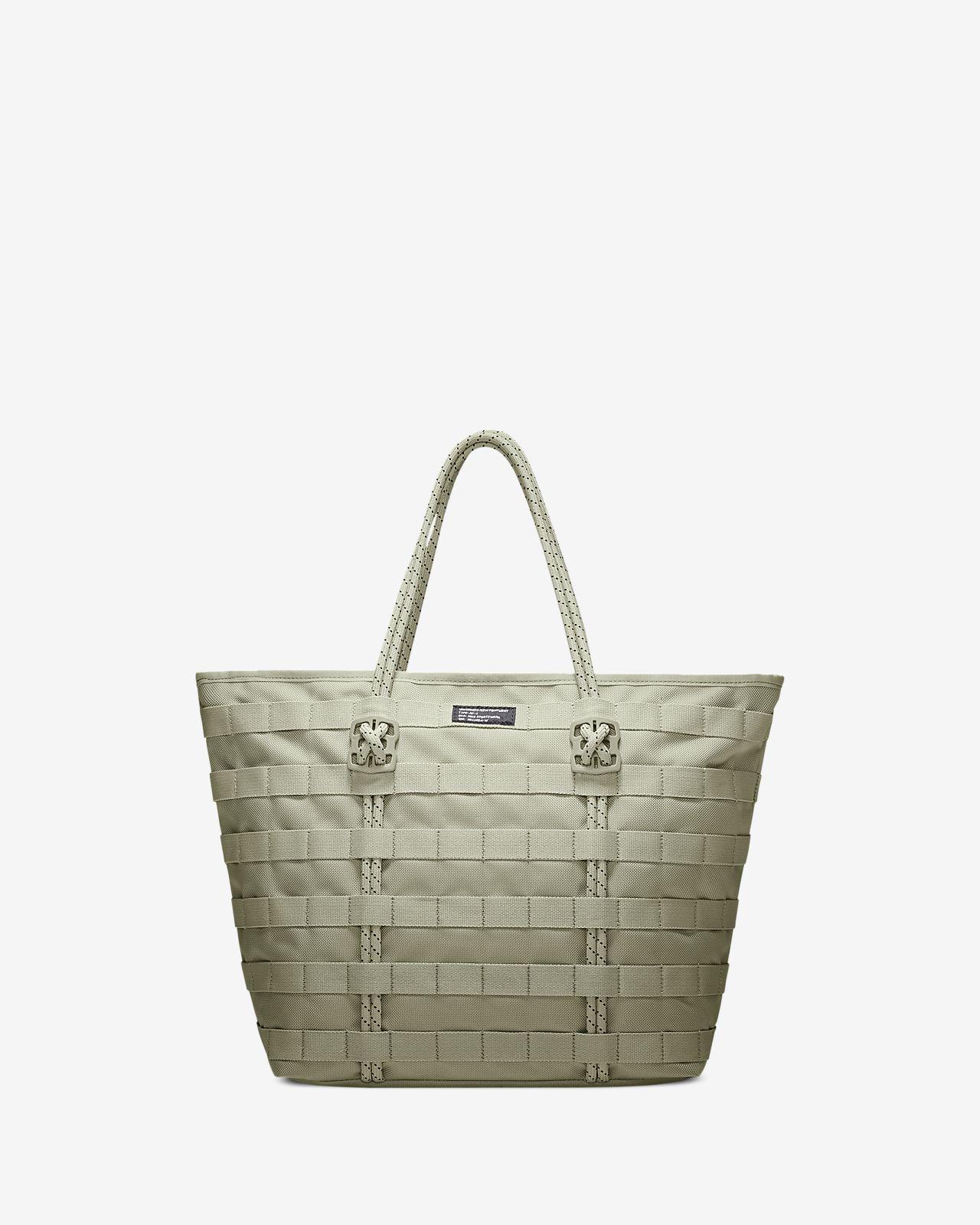 4f4f157480c2 Nike Sportswear AF1 Tote Bag. Nike.com