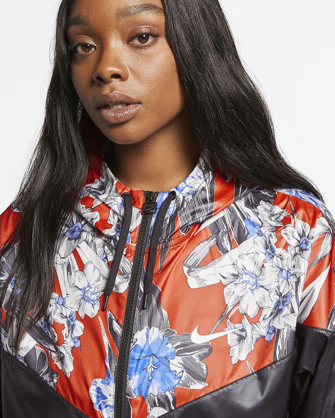 15eb6d297c0a6 ... Nike Sportswear Windrunner Women s Cropped Floral Jacket (Plus Size)