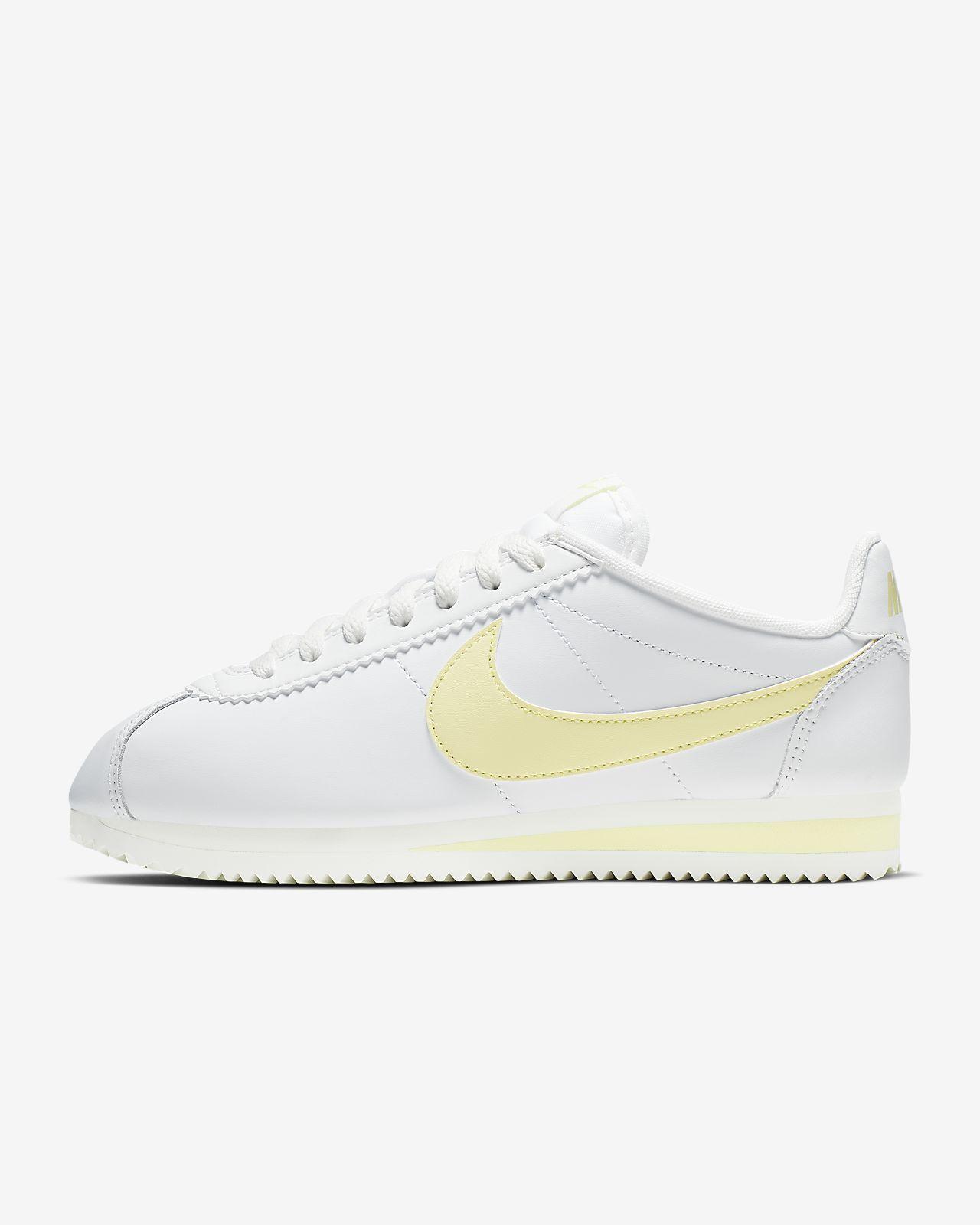 quality design d6354 f8263 Nike Classic Cortez Women's Shoe