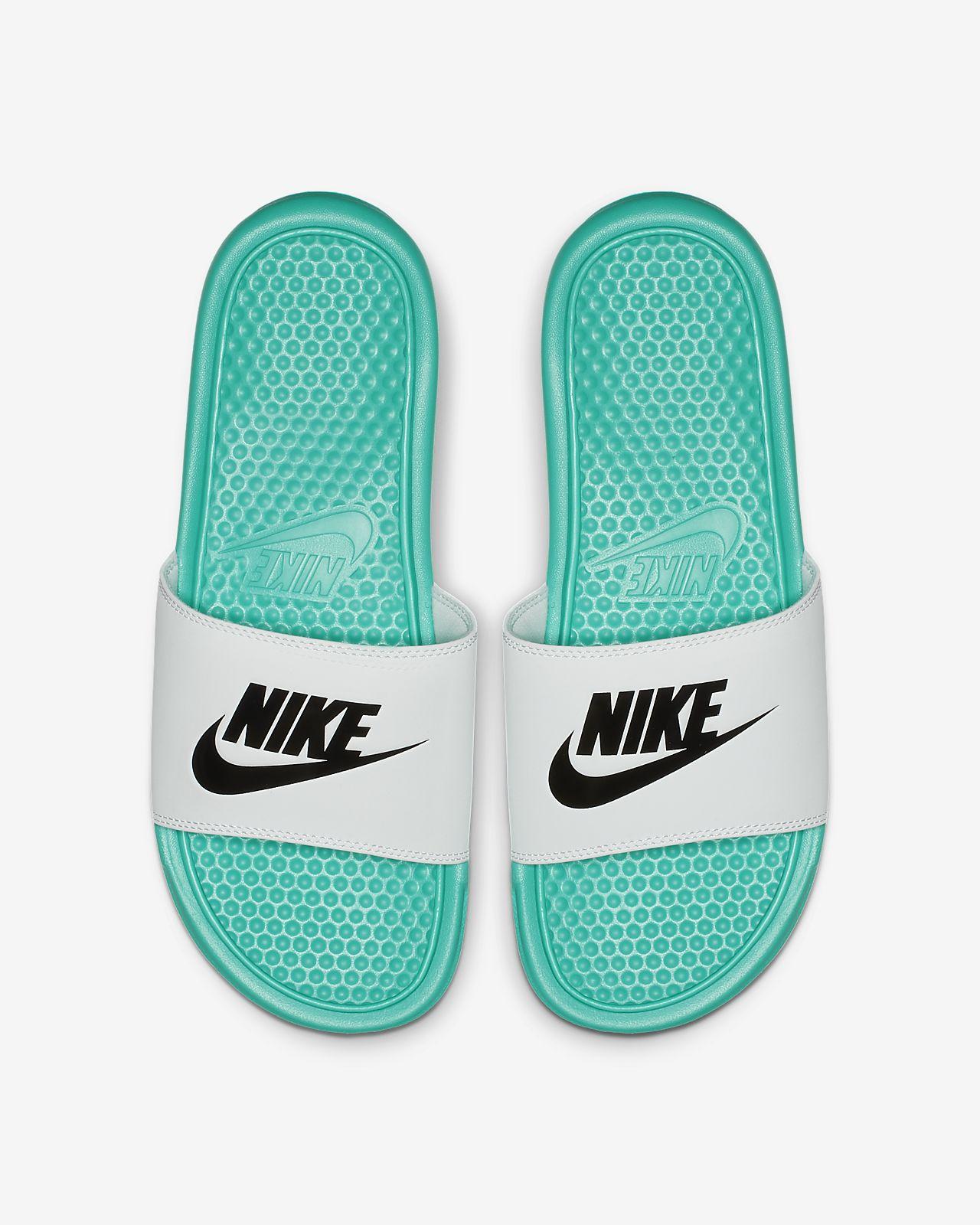 Badtoffel Nike Benassi