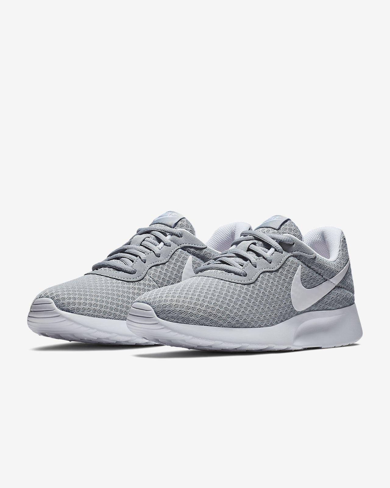 best loved fad46 c2de1 ... Chaussure Nike Tanjun pour Femme