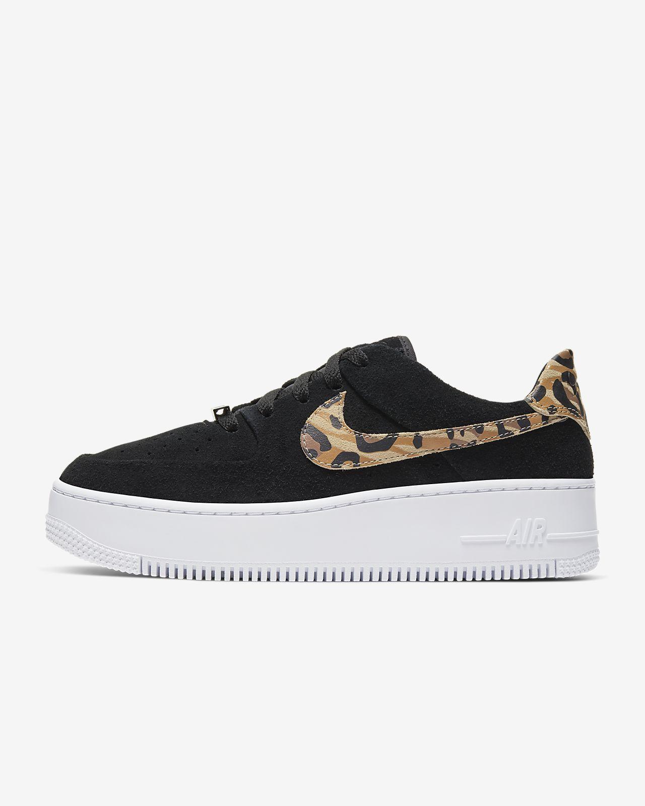 Sapatilhas com estampado animal Nike Air Force 1 Sage Low para mulher