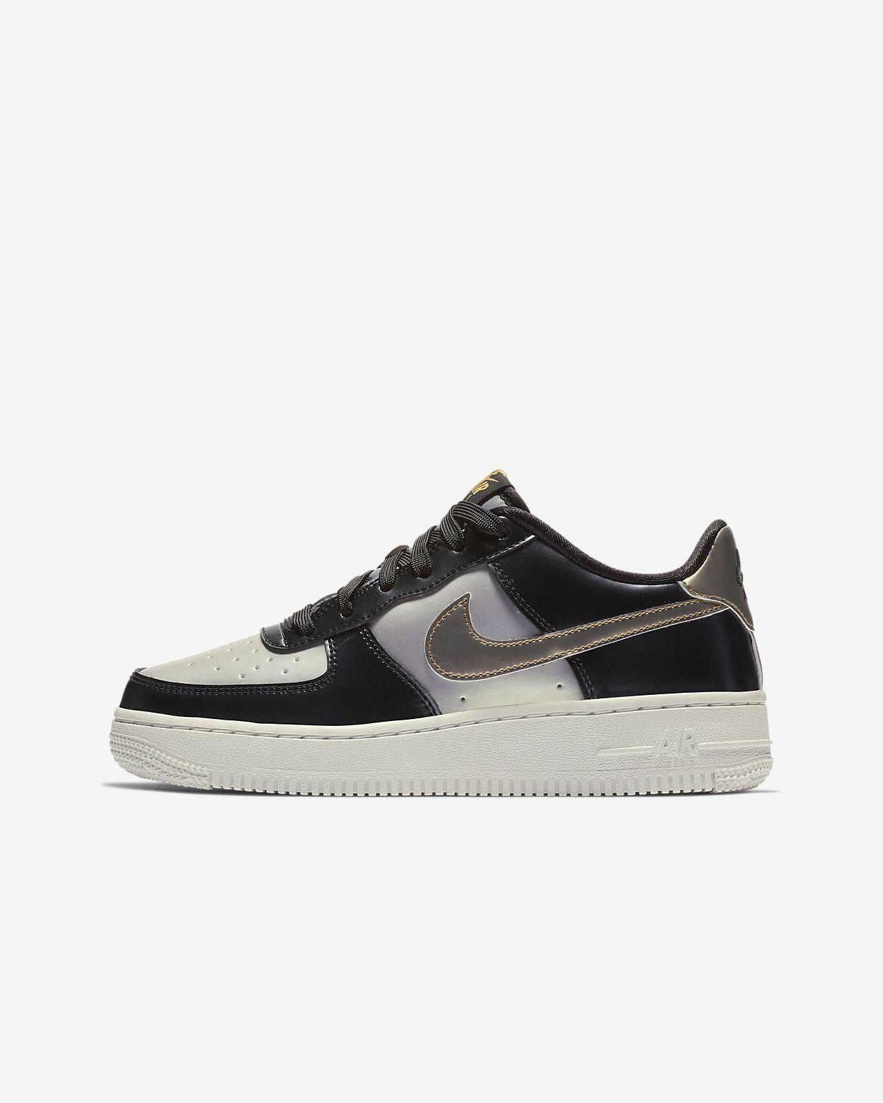 Nike Air Force 1 LV8 Older Kids  Shoe. Nike.com IE c8ef6d1cb