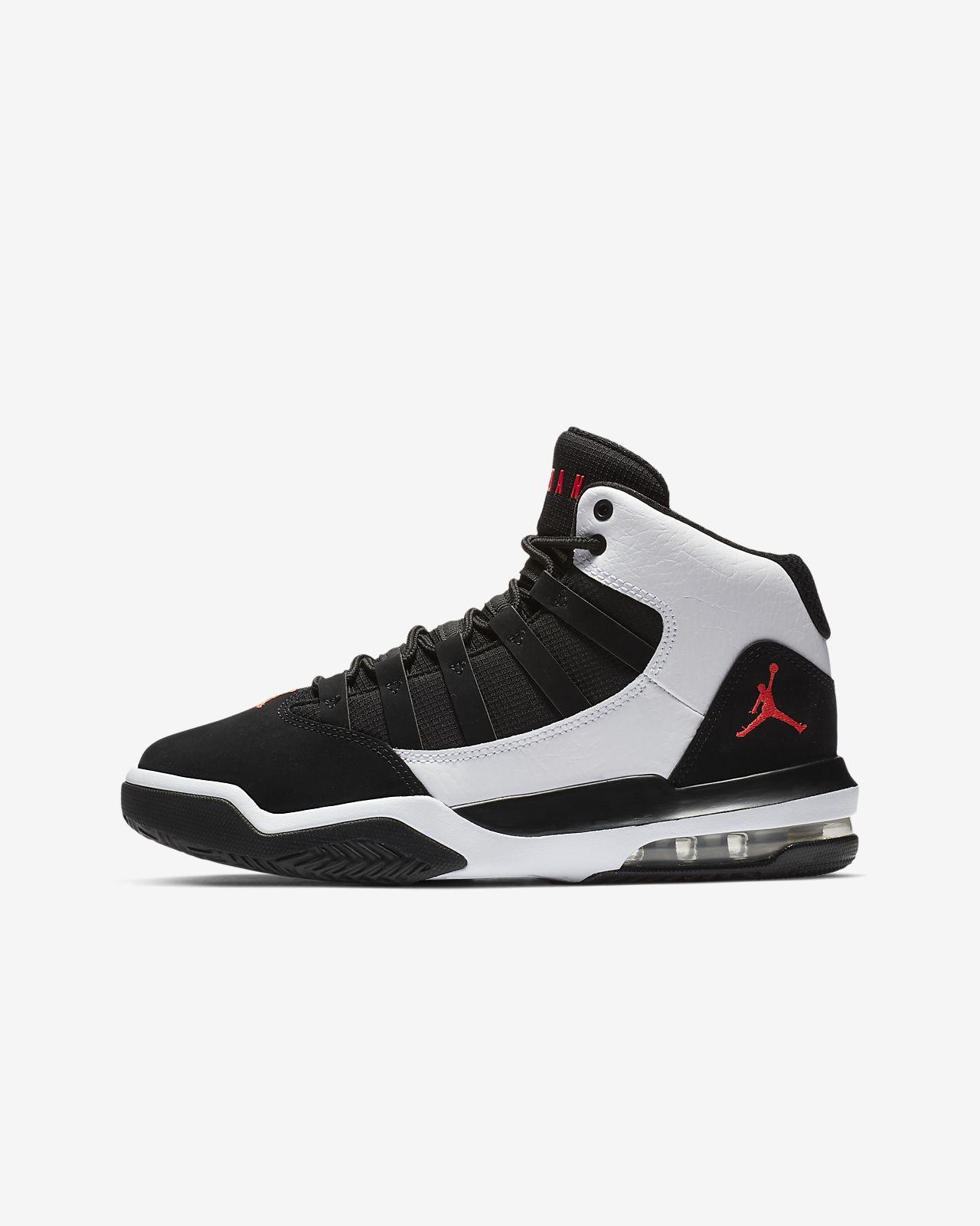 Jordan Max Aura cipő nagyobb gyerekeknek. Nike.com HU 4d10ae1638