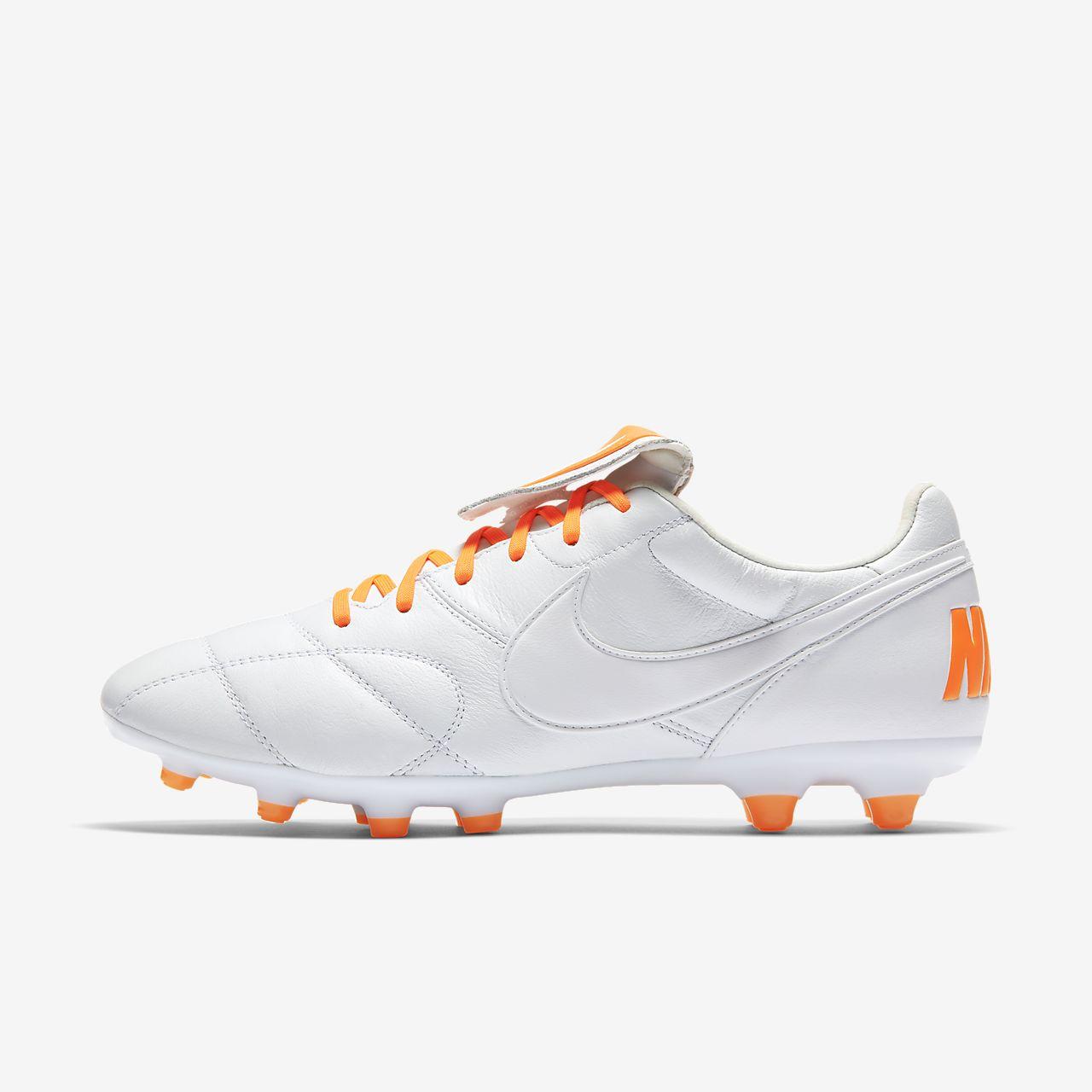 Kopačka na pevný povrch Nike Premier II FG