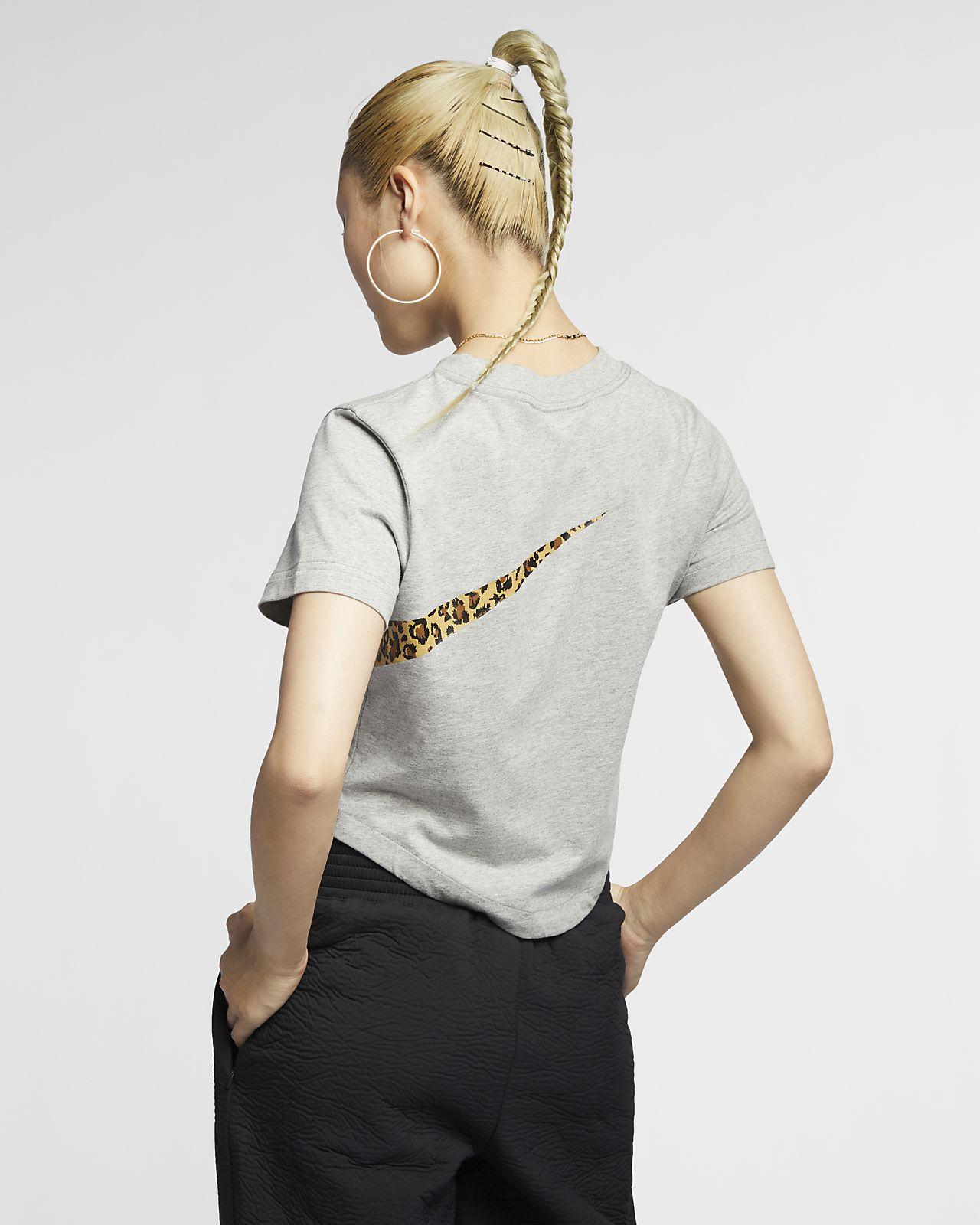 2ea0e4204e95f Nike Sportswear Women's Animal Cropped Top. Nike.com