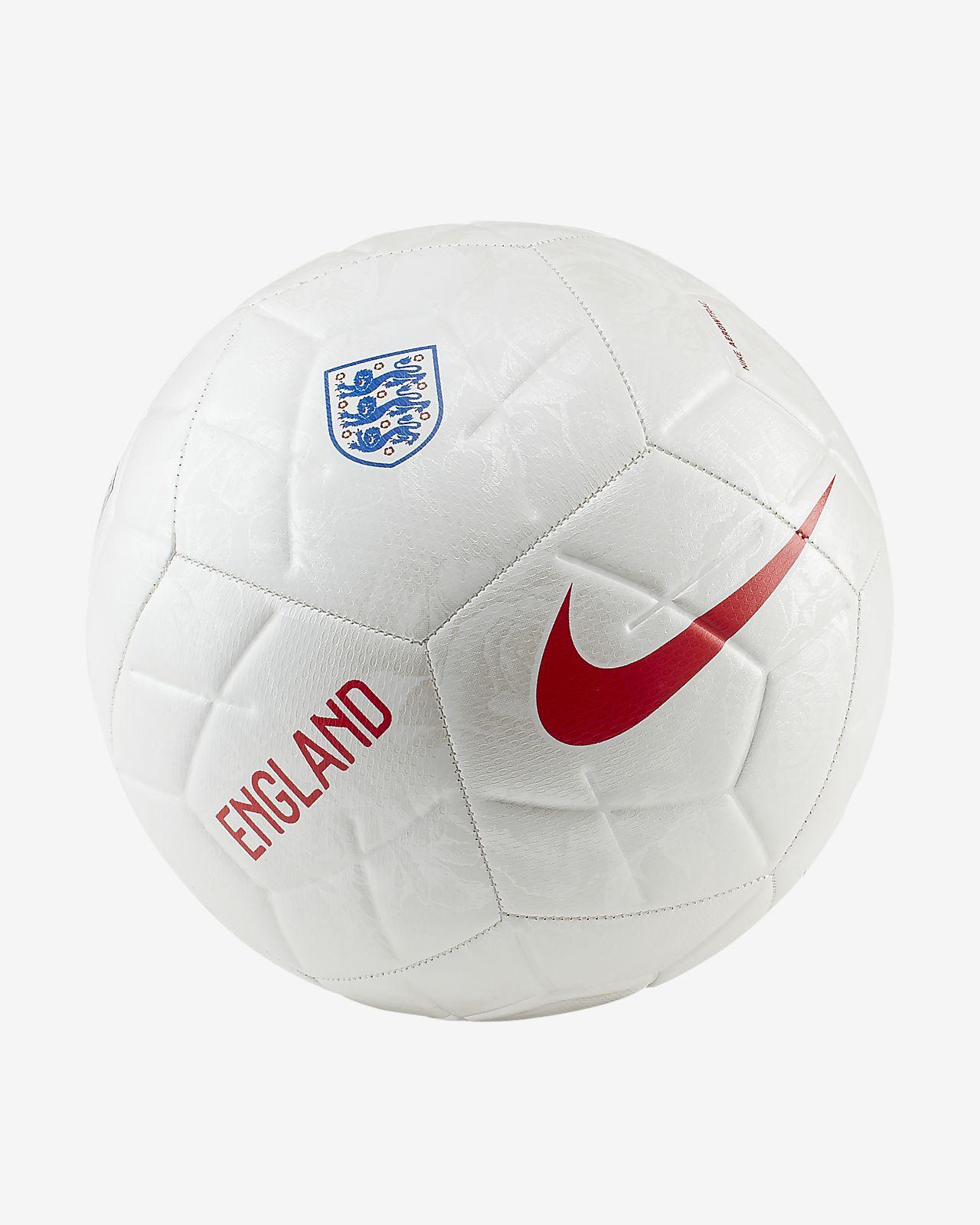 Футбольный мяч England Strike