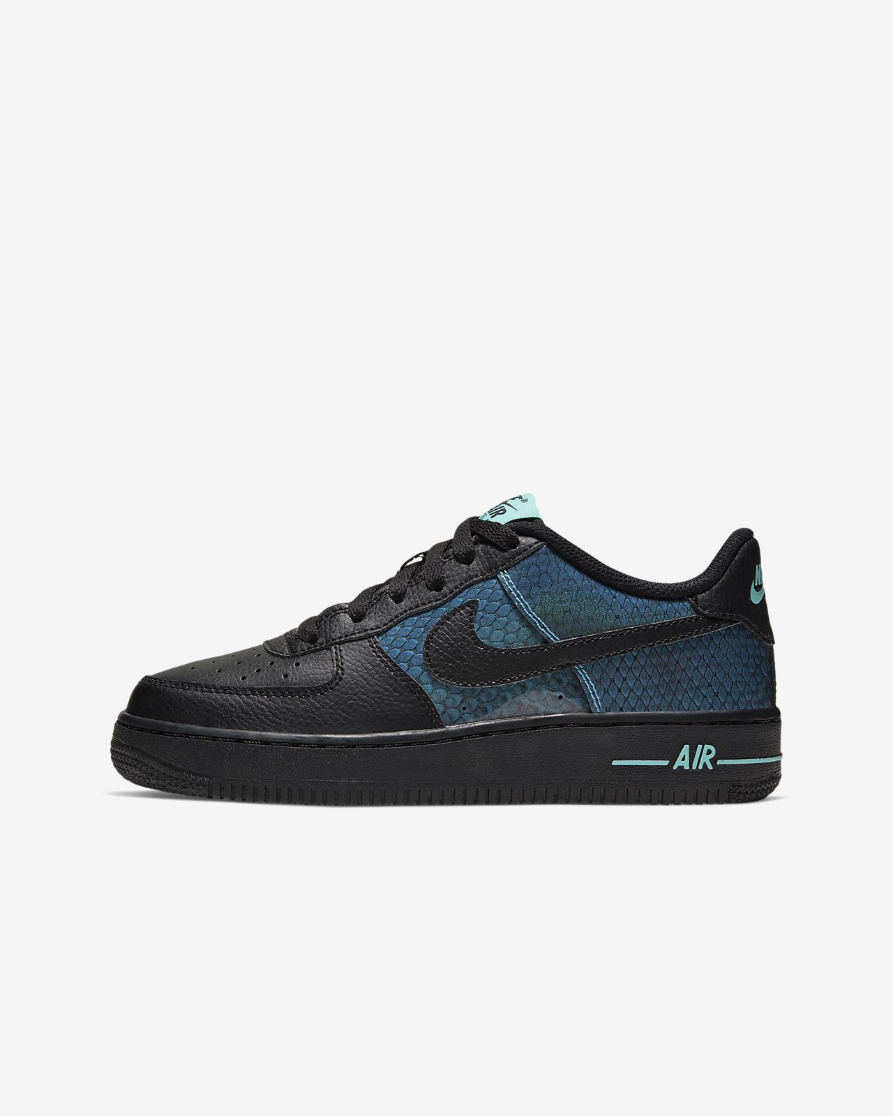 Nike Air Force 1 SE Big Kids' Shoe