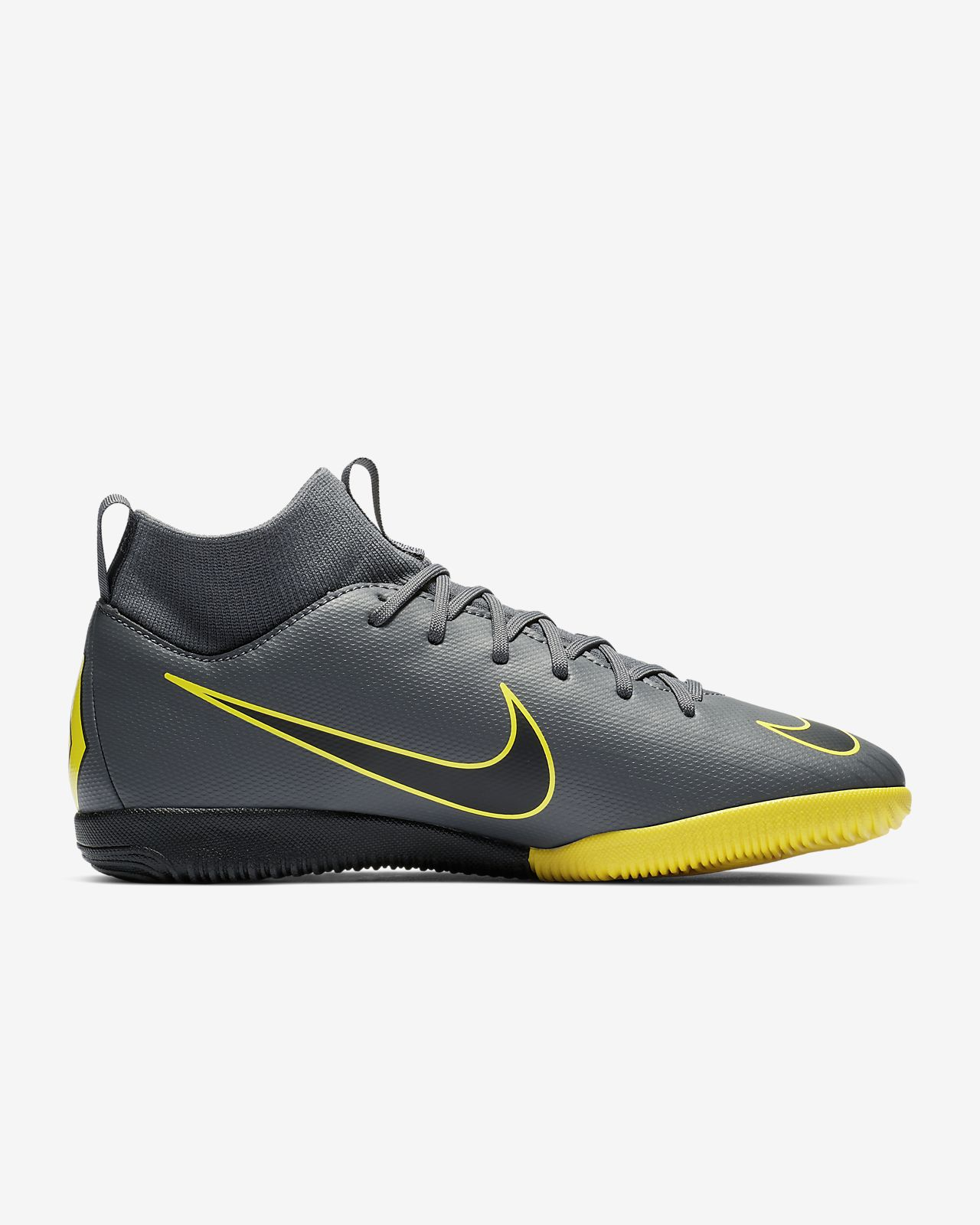 8dfed5c8fb543 ... Nike Jr. SuperflyX 6 Academy IC Younger Older Kids  Indoor Court  Football