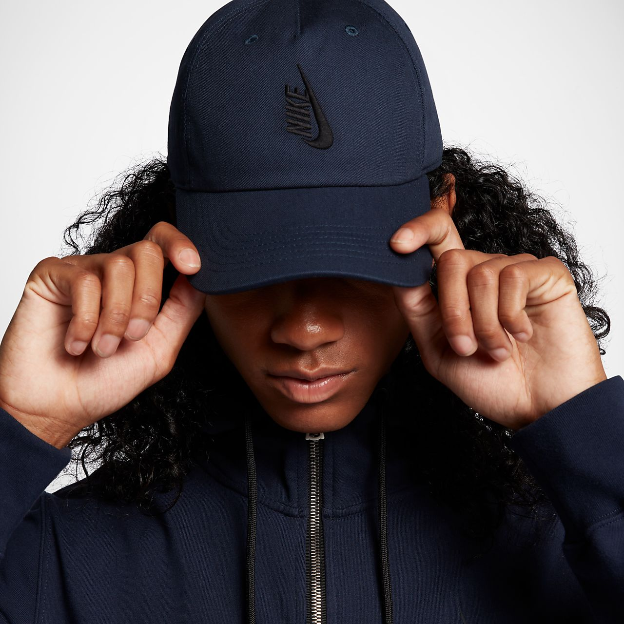 NikeLab Essentials Heritage 86 可调节运动帽