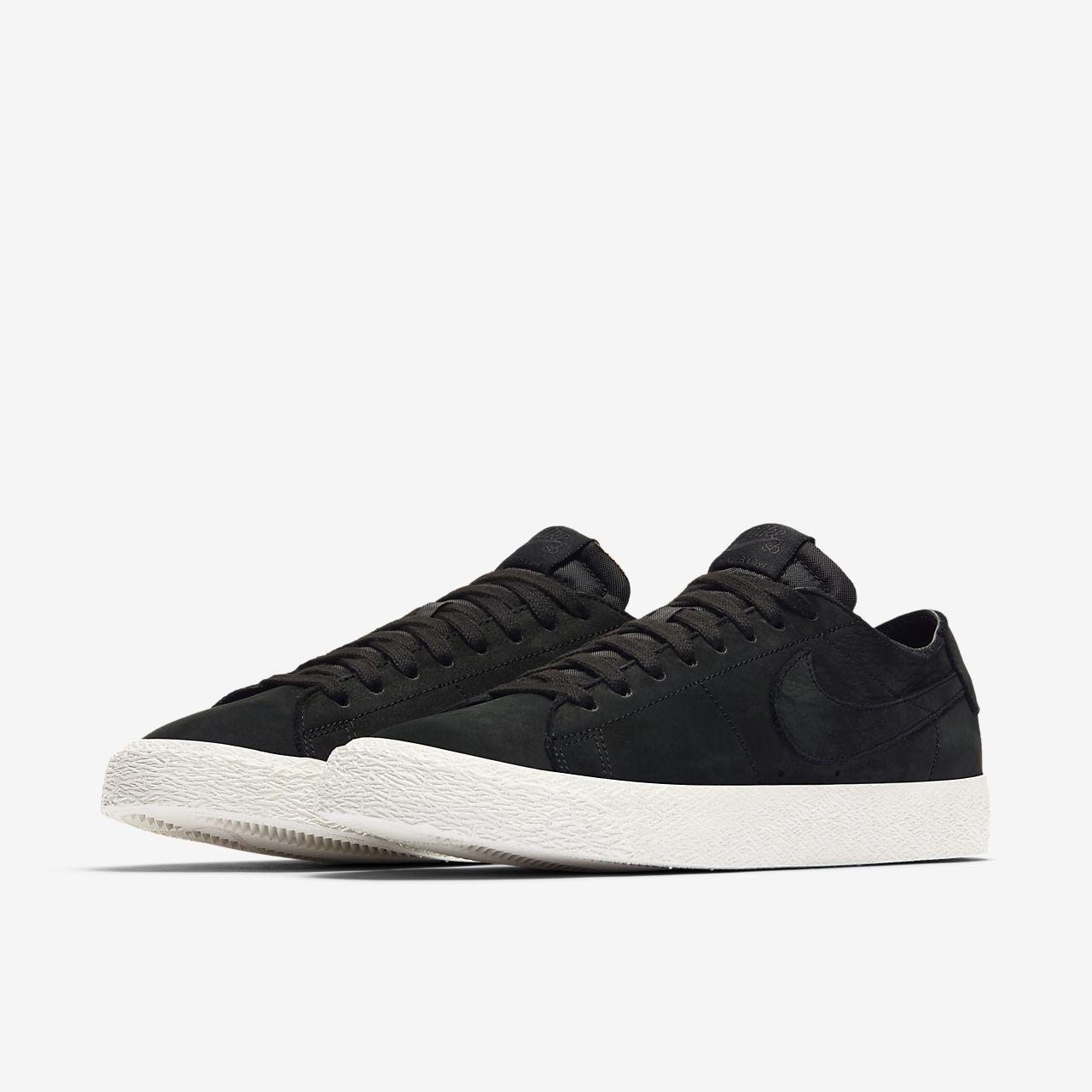 ... Chaussure de skateboard Nike SB Zoom Blazer Low Deconstructed pour Homme