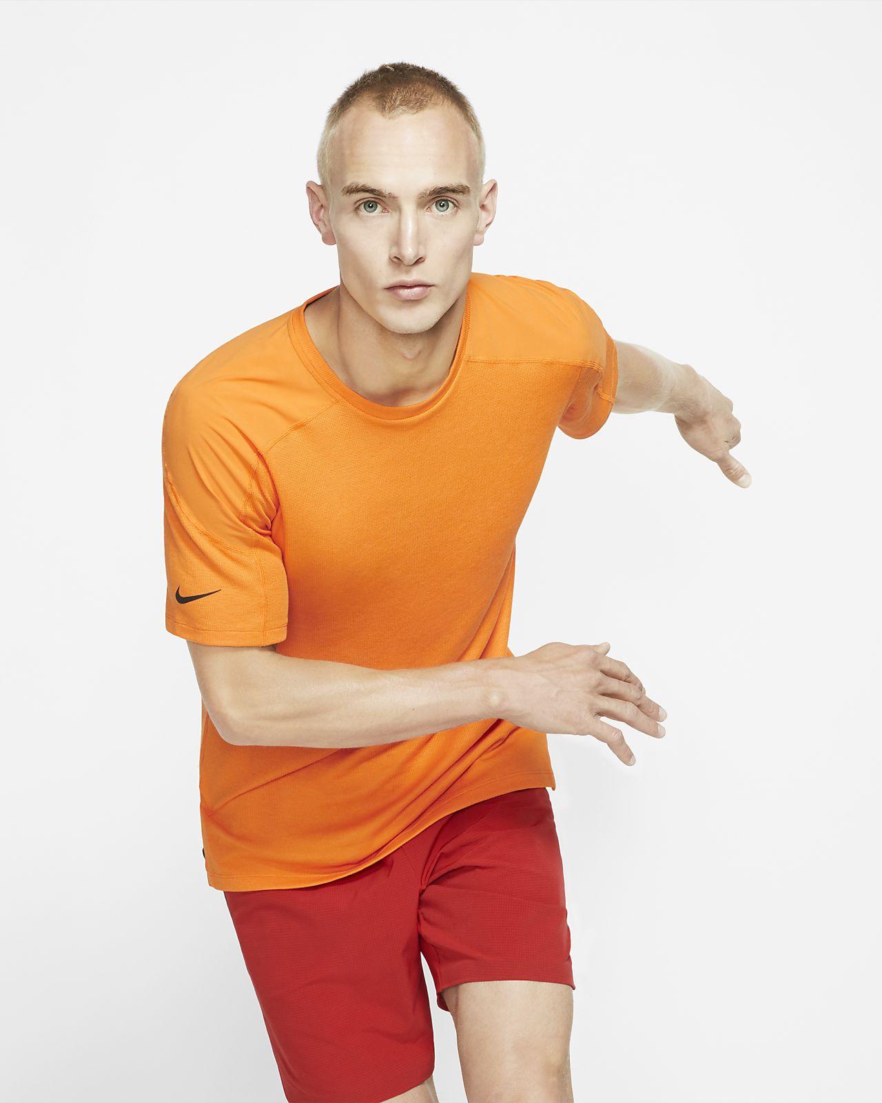 Prenda para la parte superior de manga corta para hombres Nike Dri-FIT