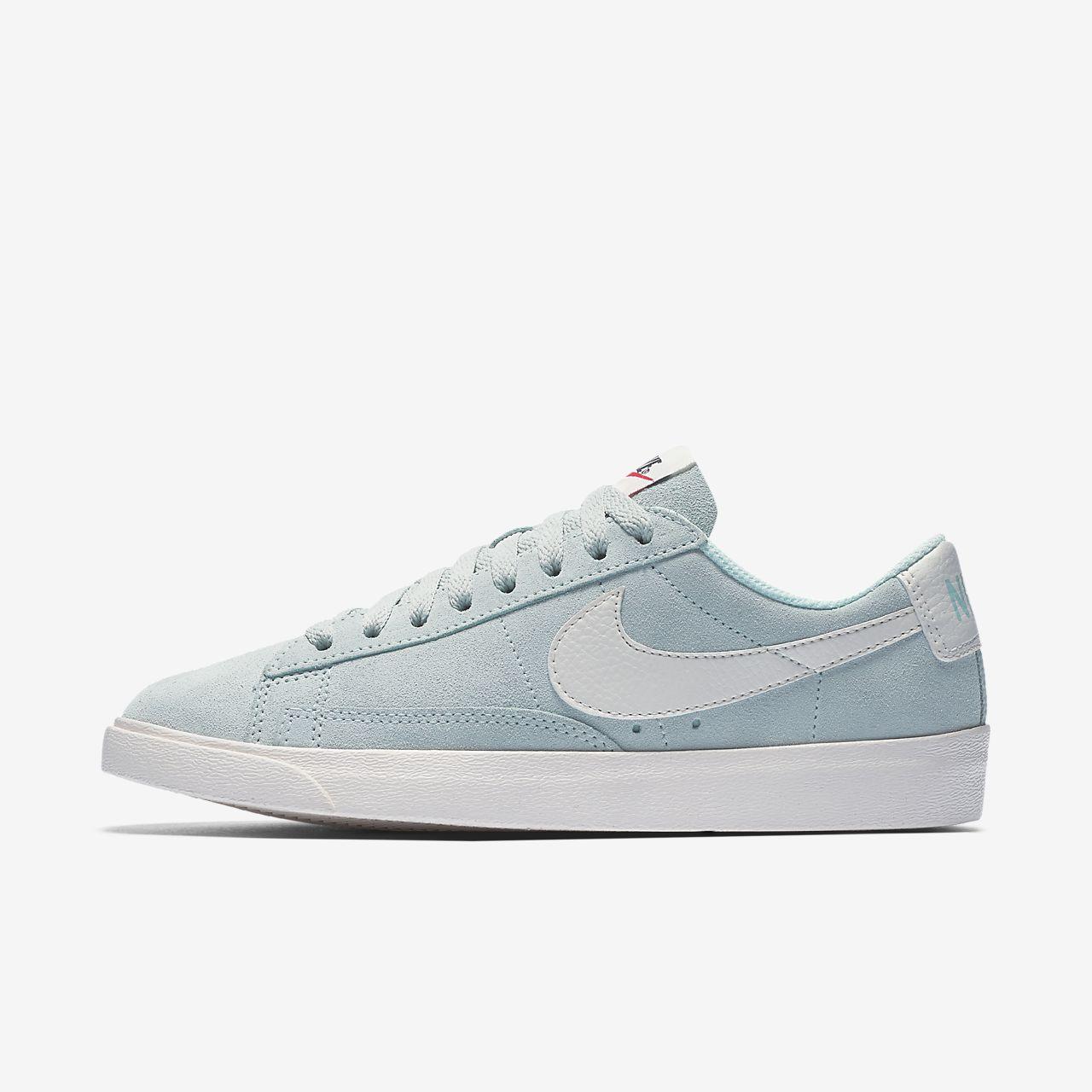 Nike Blazer Low Damenschuh Modern und elegant