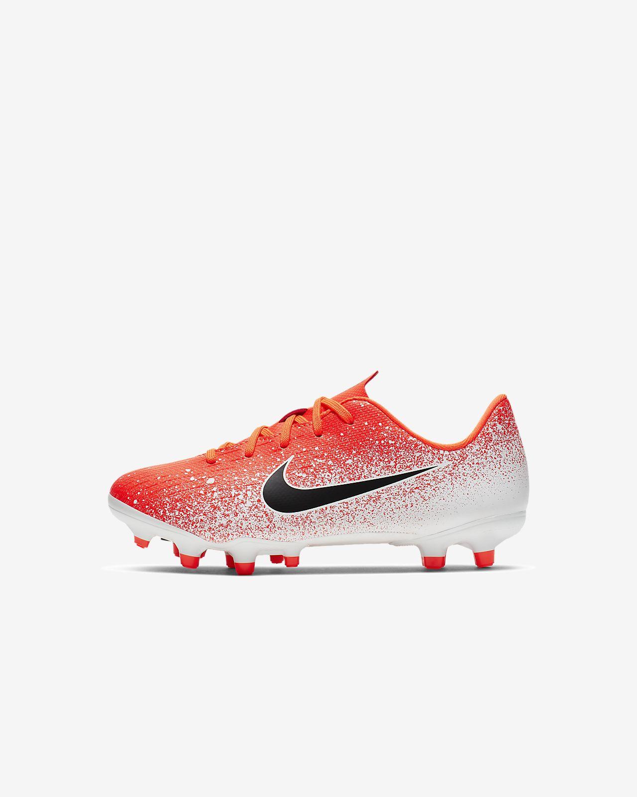 Nike Jr. MercurialX Vapor XII Academy Voetbalschoen voor peuters/kleuters (meerdere ondergronden)