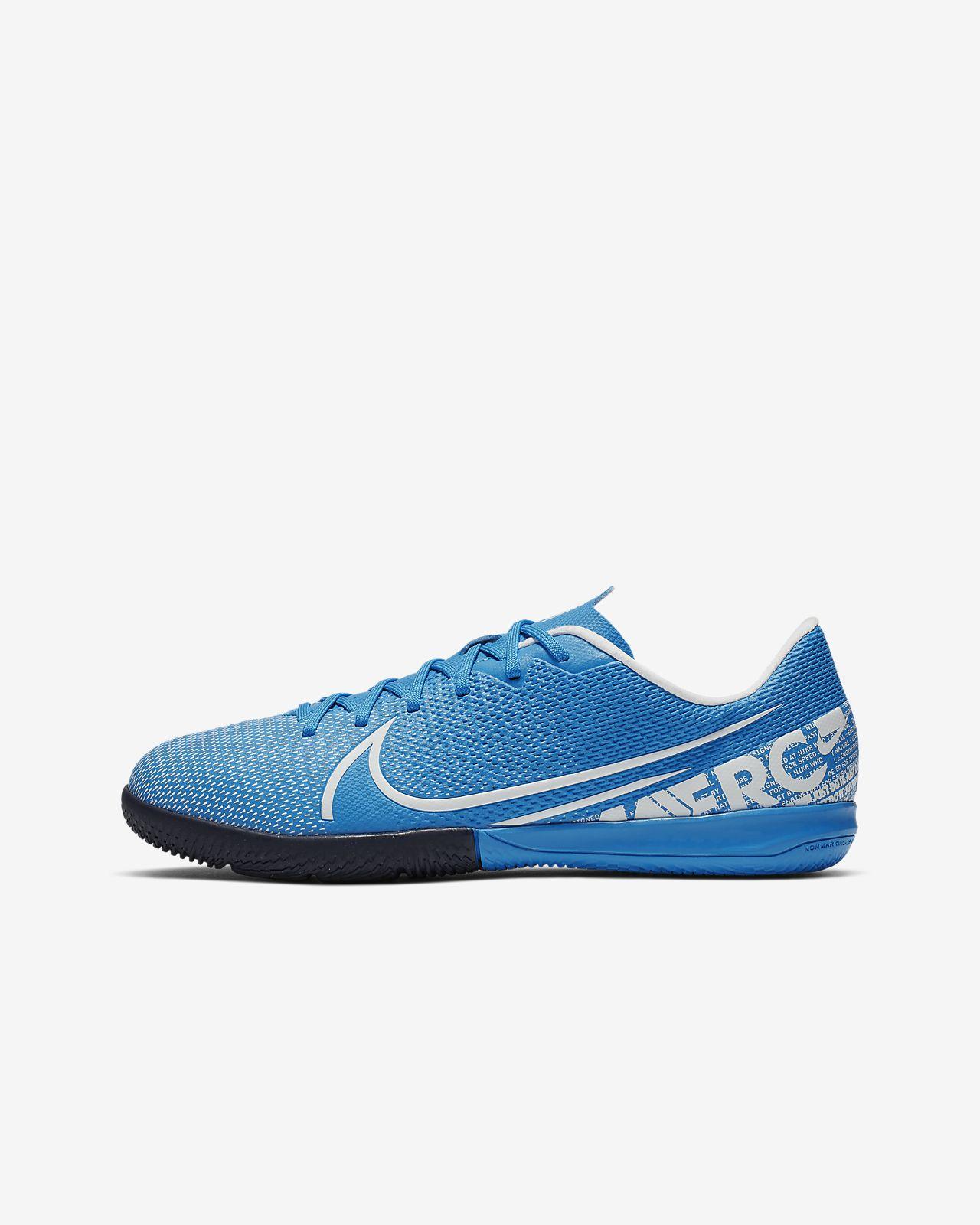 Nike Jr. Mercurial Vapor 13 Academy IC futballcipő fedett pályára gyerekeknek/nagyobb gyerekeknek
