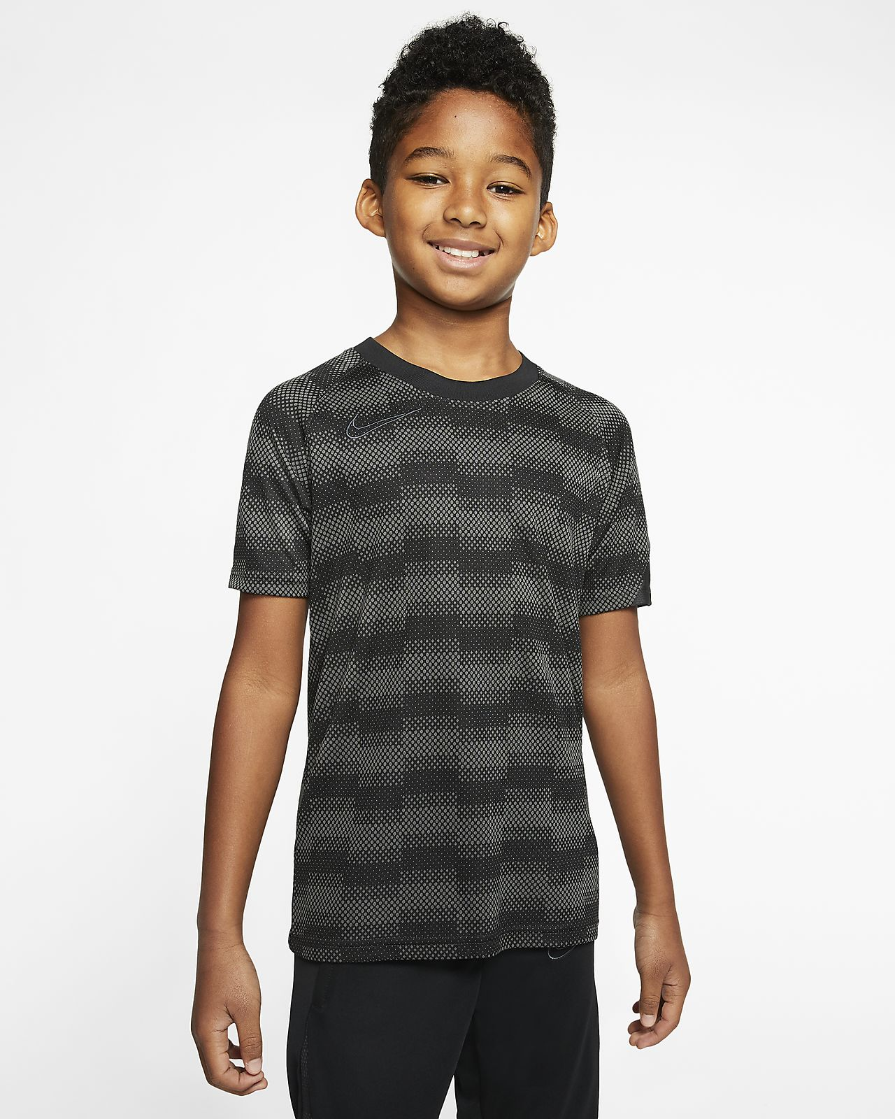 Nike Dri-FIT Academy Pro Older Kids' Short-Sleeve Football Top
