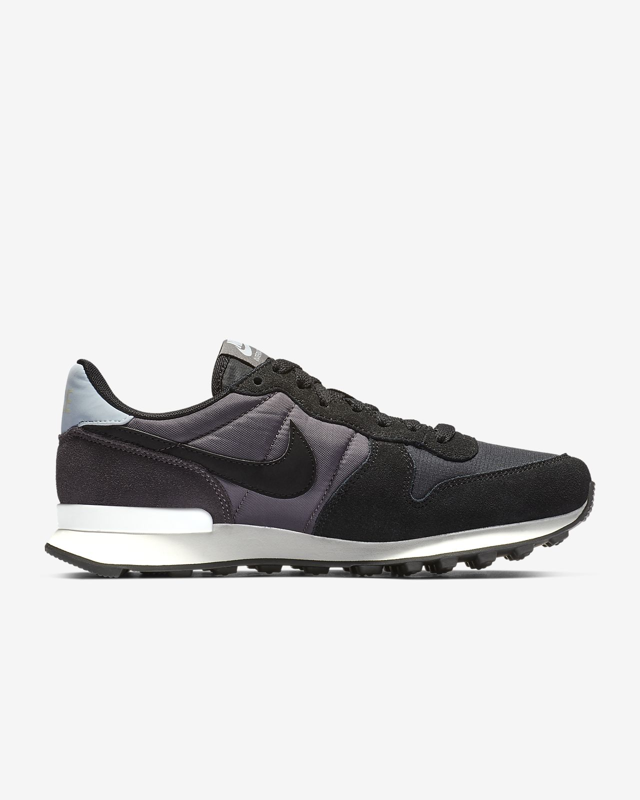 brand new 4e8ab c8445 Low Resolution Chaussure Nike Internationalist pour Femme Chaussure Nike  Internationalist pour Femme