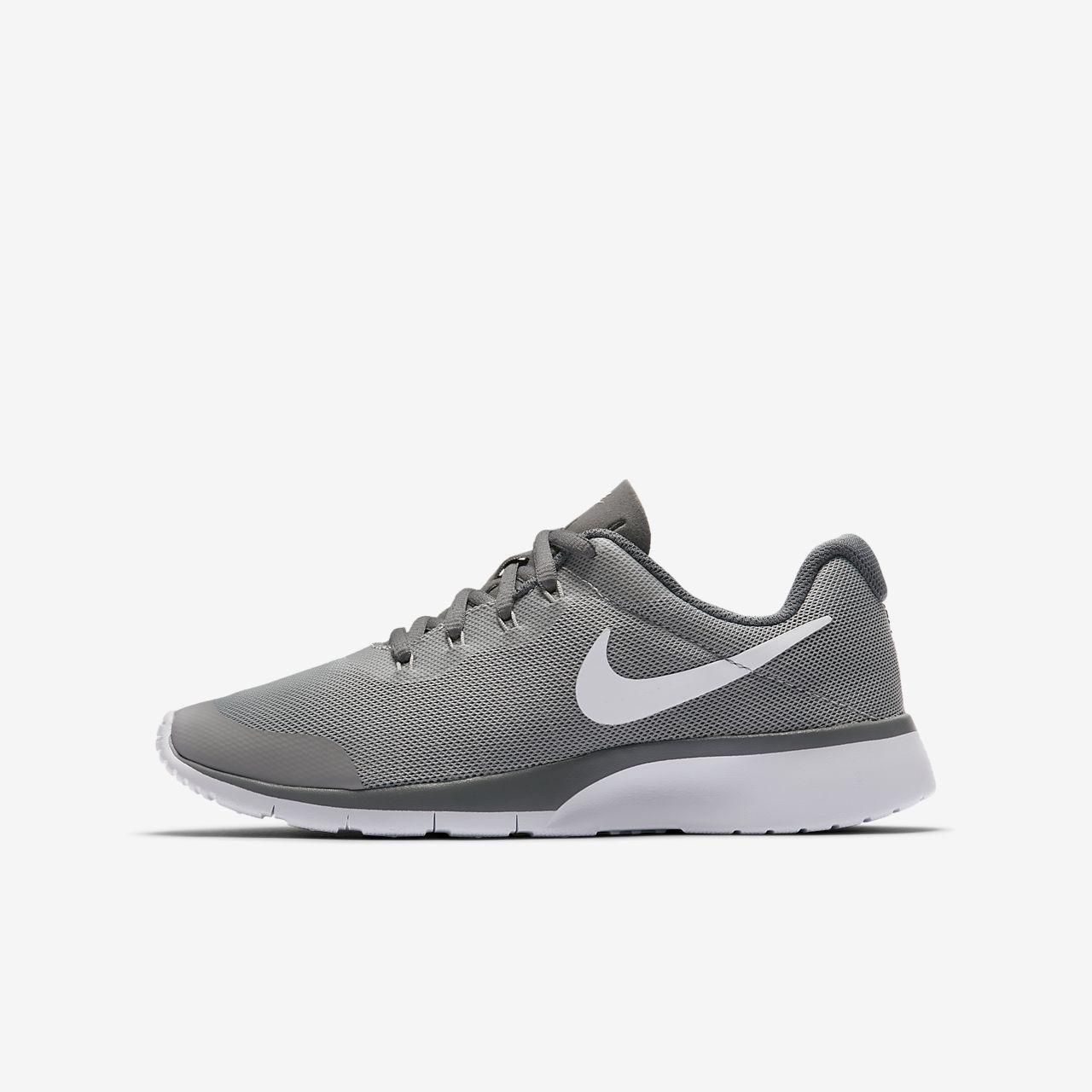 Zapatos grises Nike Tanjun infantiles ZwPJRup9