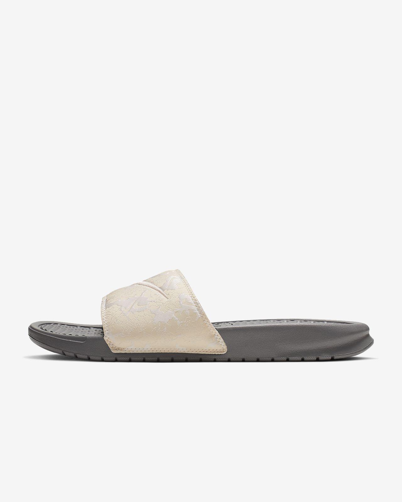 646ee1a9a62 Nike Benassi JDI TXT SE Slipper voor dames. Nike.com BE