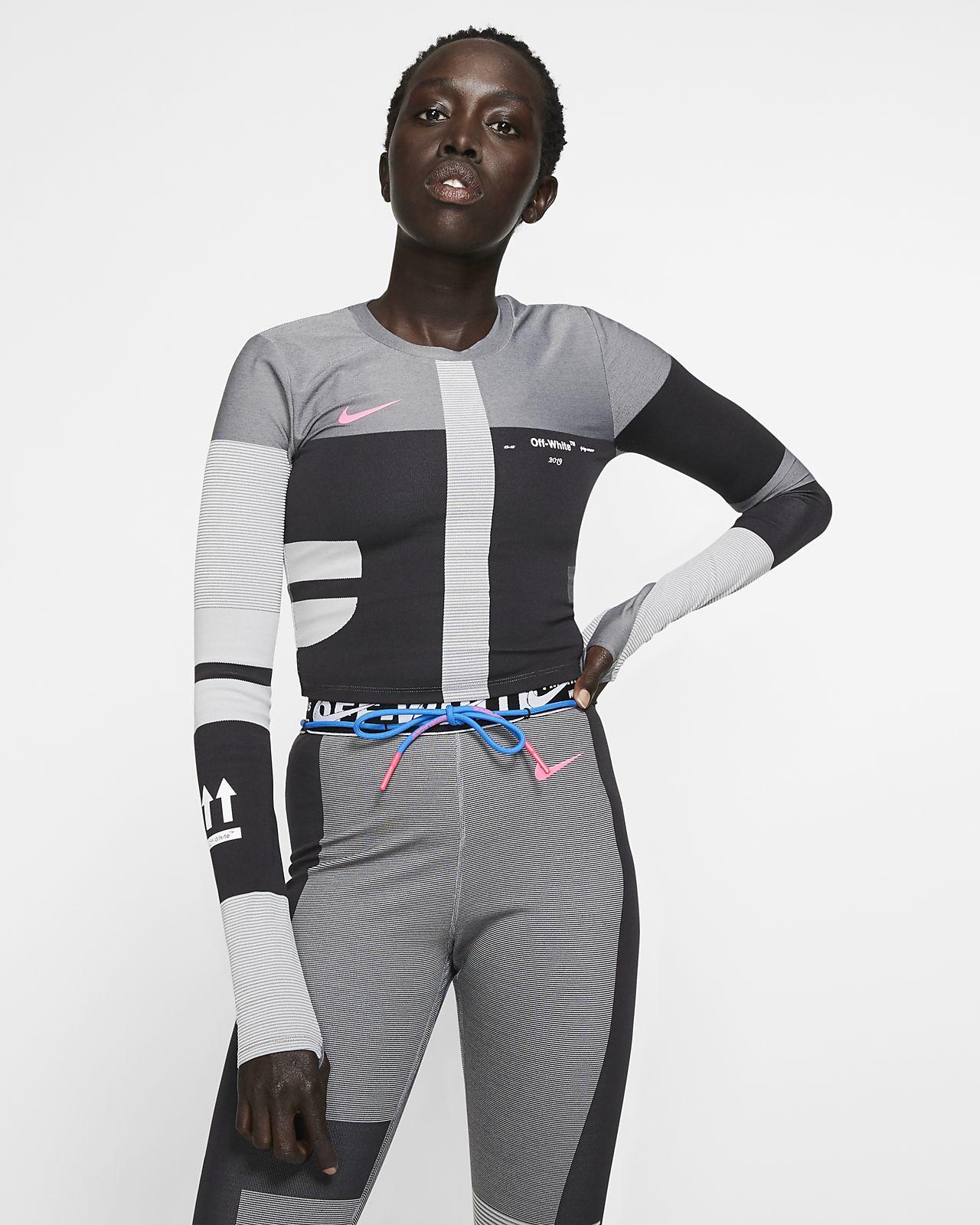 Nike Sportswear T Shirt »WOMEN TOP SHORTSLEEVE PLUS SIZE« In großen Größen