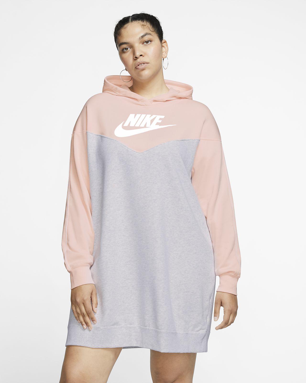Nike Sportswear Heritage Damenkleid mit Kapuze (große Größe)