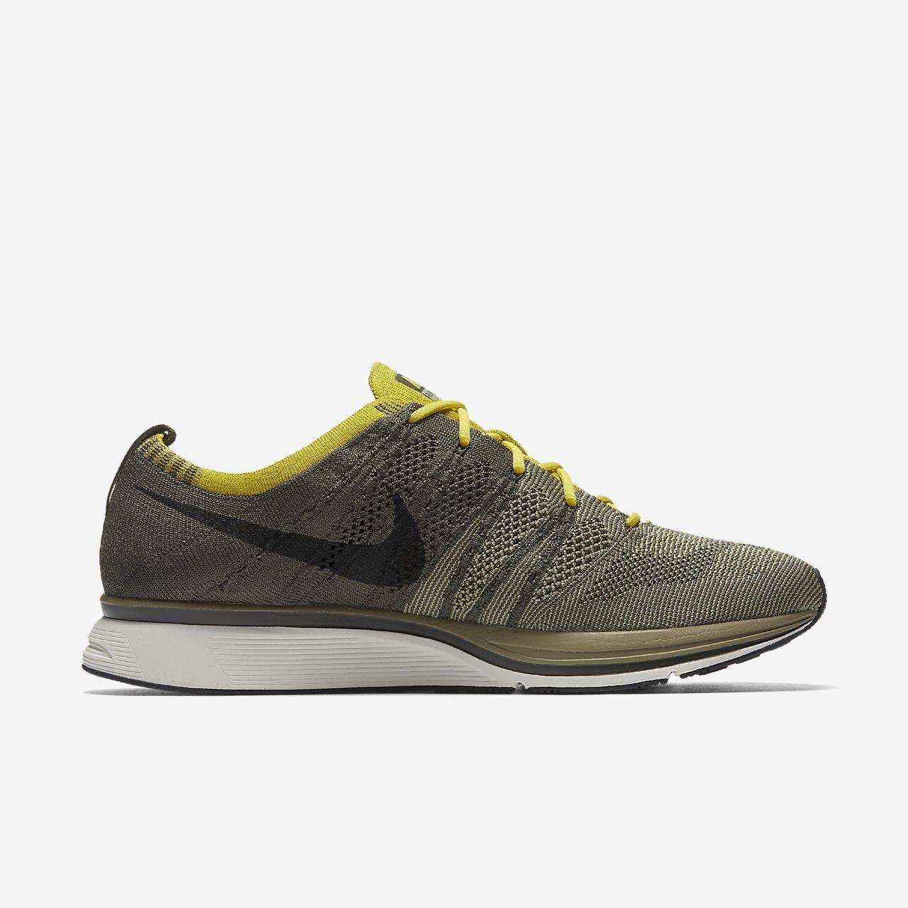 buy online f6d35 3f3bd Nike Flyknit Trainer