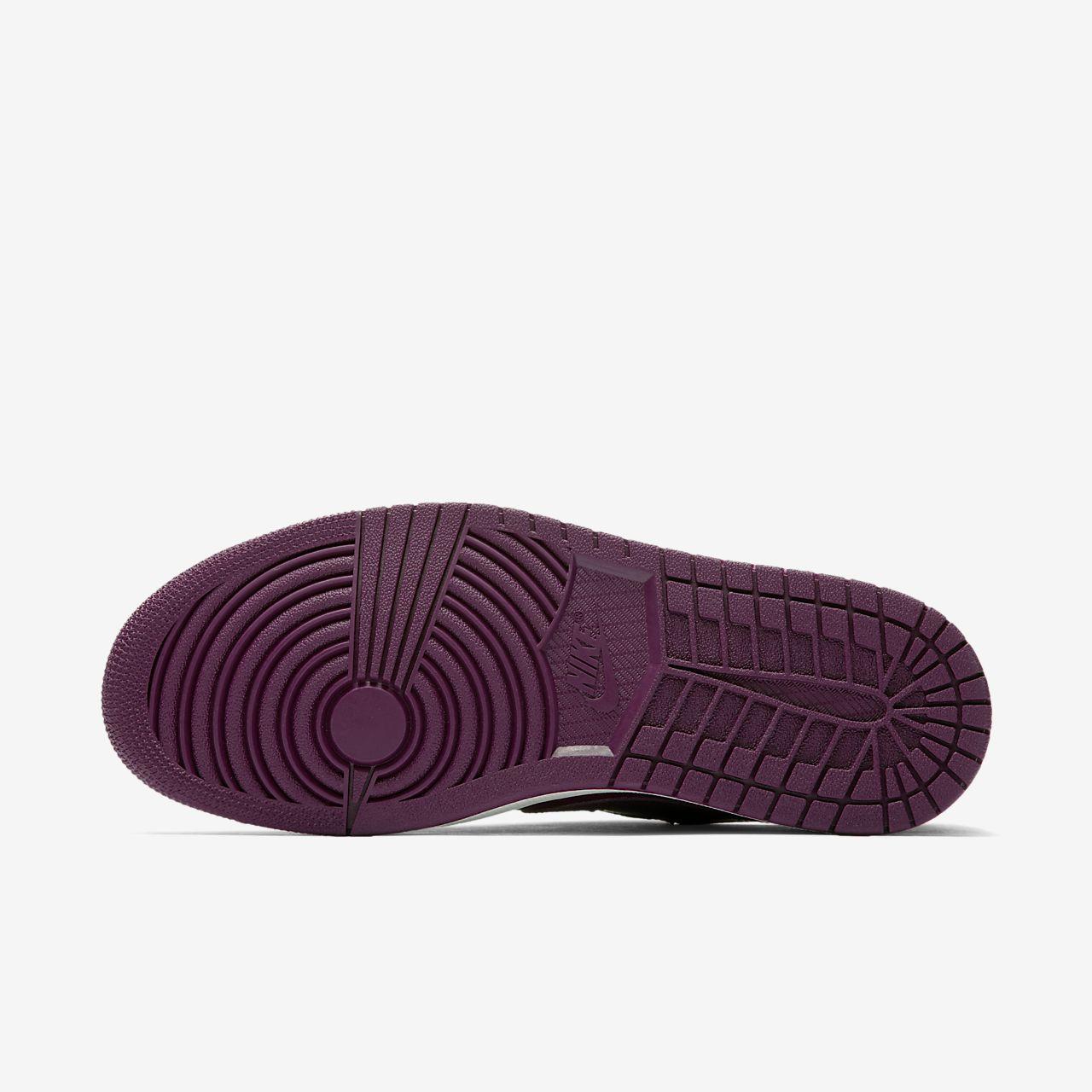 Air Jordan 1 Retro Low OG Women s Shoe. Nike.com LU 9923e40bc