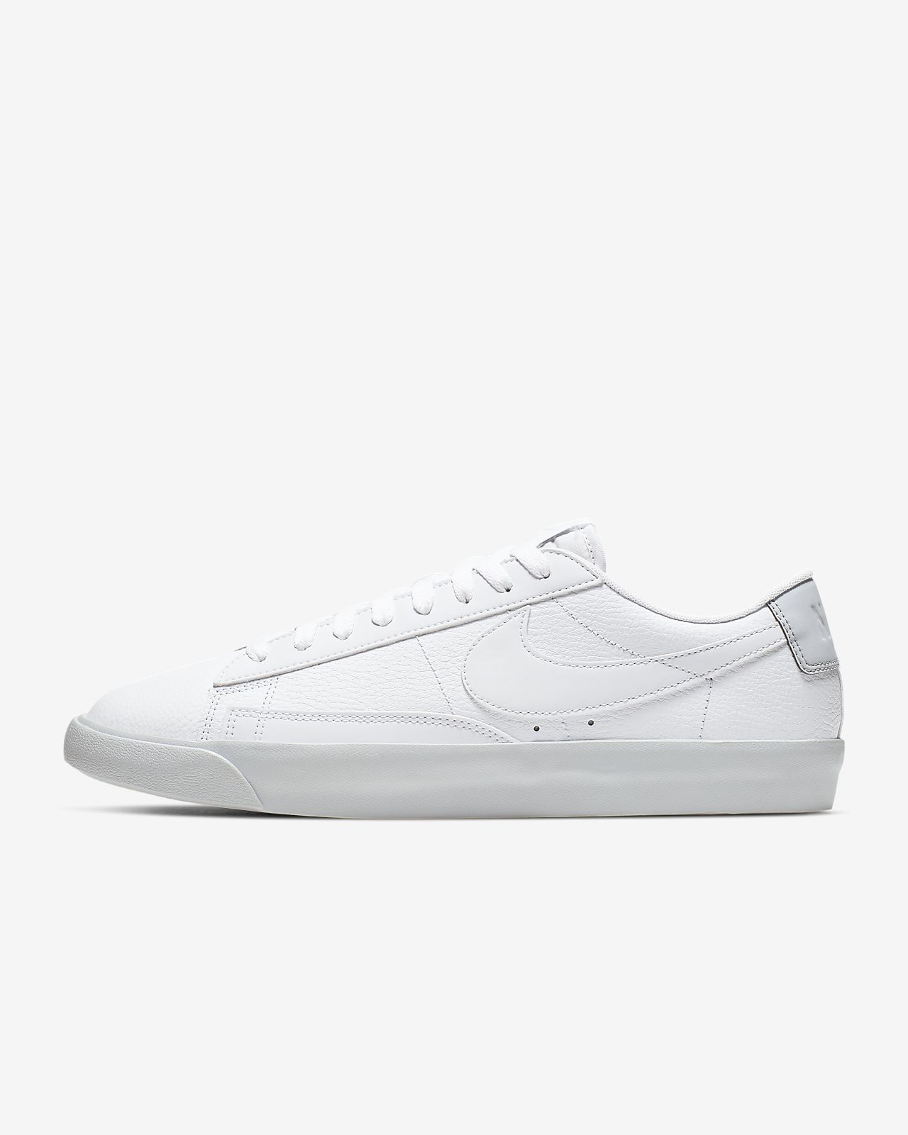 designer fashion 8b35d 94194 Nike Blazer Low LX Men's Shoe