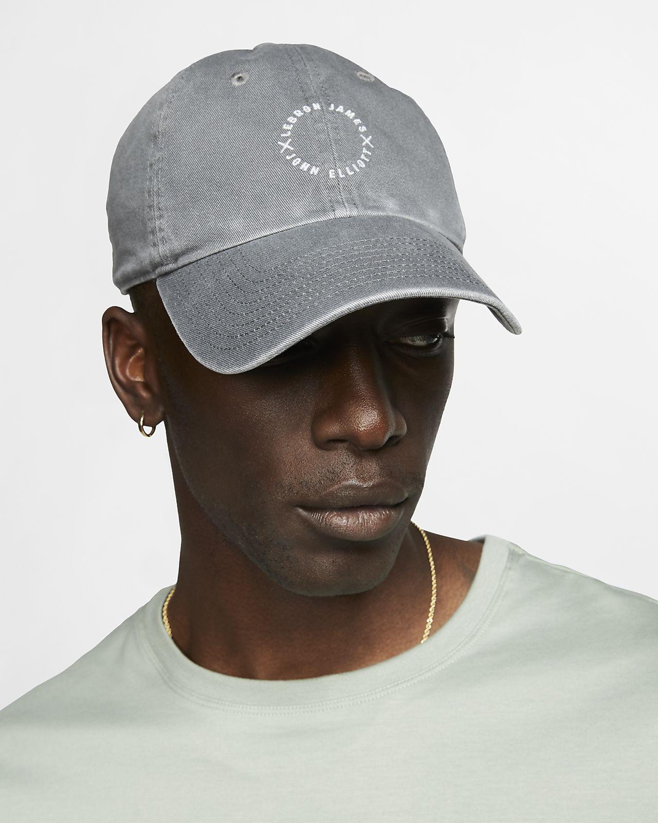 LeBron x John Elliott Heritage86 可調式帽款