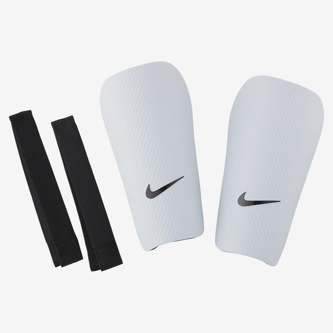 Protección para pierna de fútbol Nike J CE