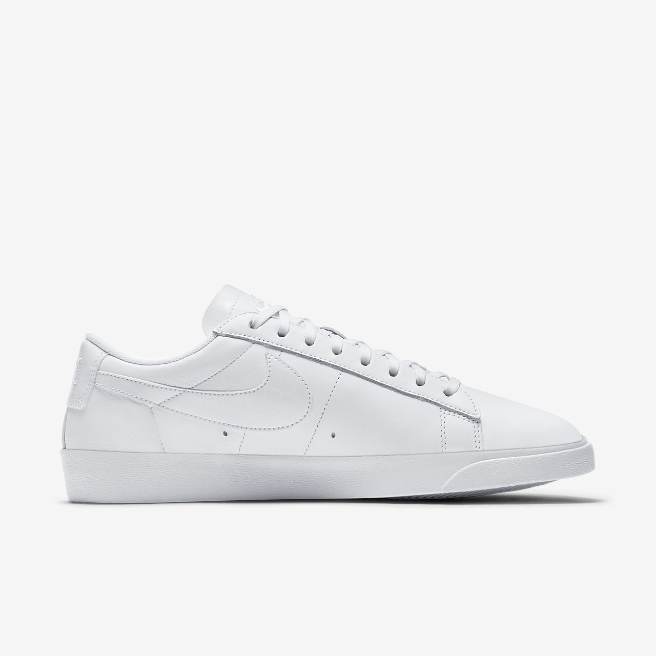 Nike Blazer Low Essential Womens Shoe