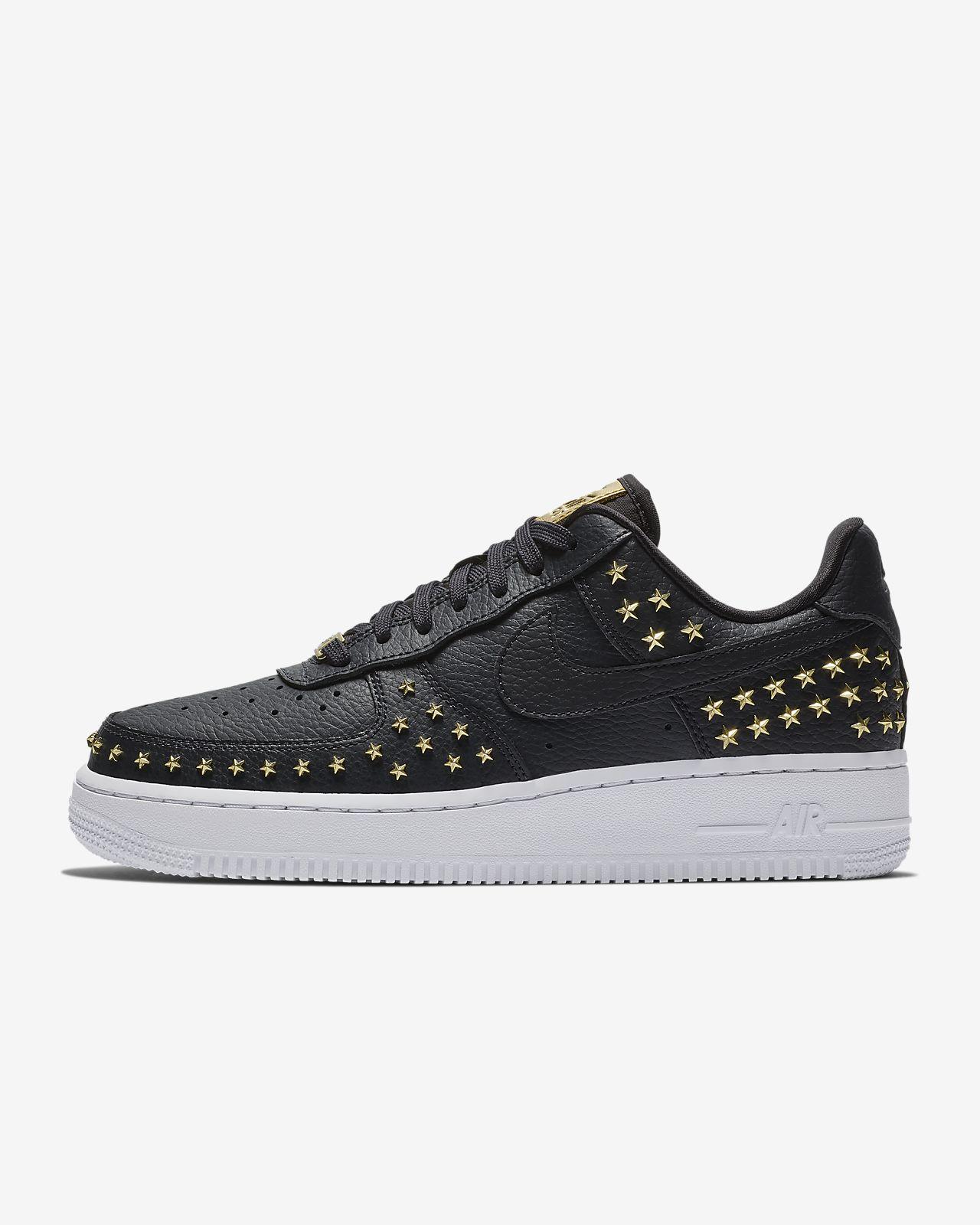 big sale d1cb9 88197 ... Nike Air Force 1 07 XX Studded sko til dame