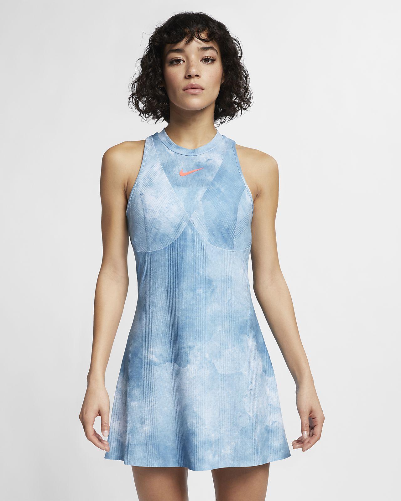 Mönstrad tennisklänning NikeCourt Dri-FIT Maria för kvinnor