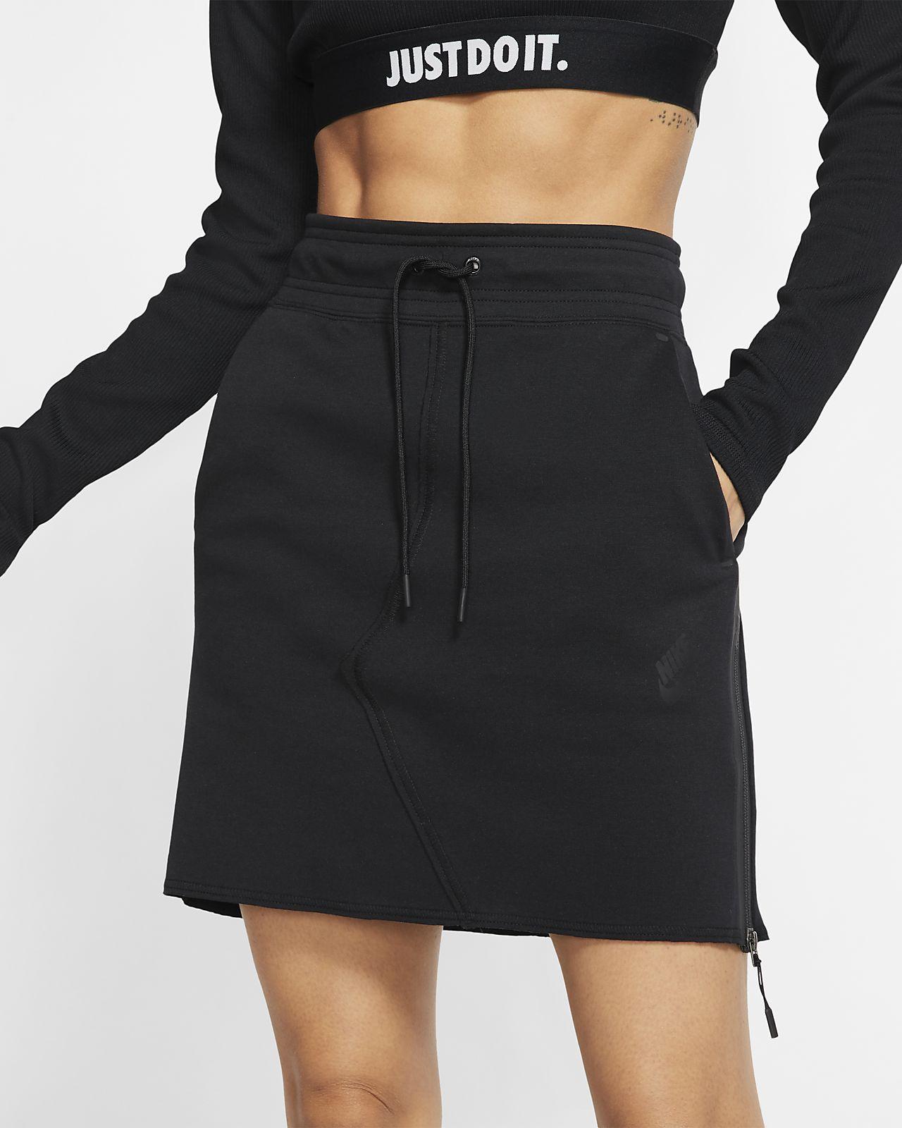 Nike Sportswear Tech Fleece 女子短裙