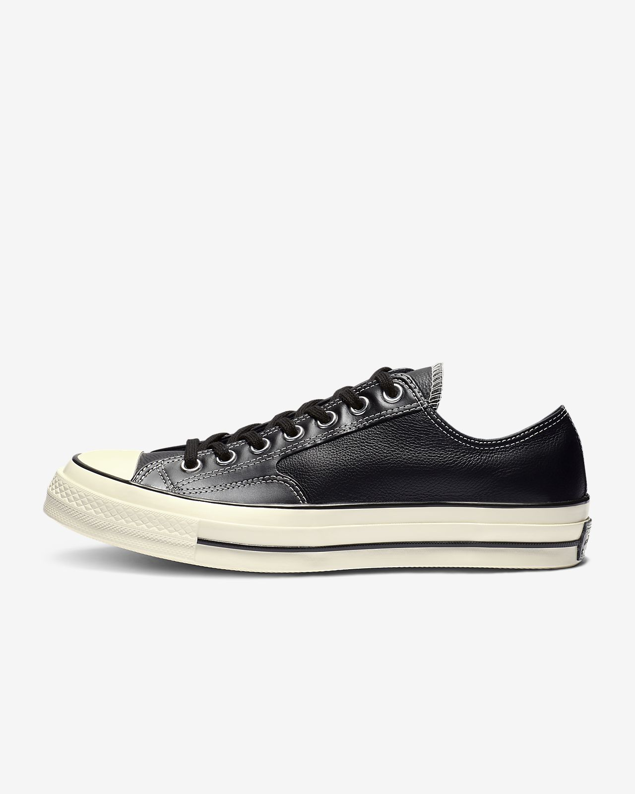 Chuck 70 Luxe Leather Low Top Unisex Shoe