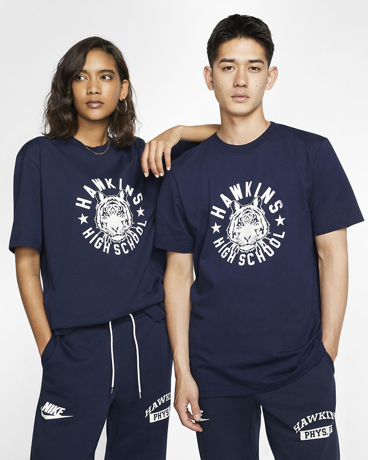 Nike x Stranger Things 男款 T 恤